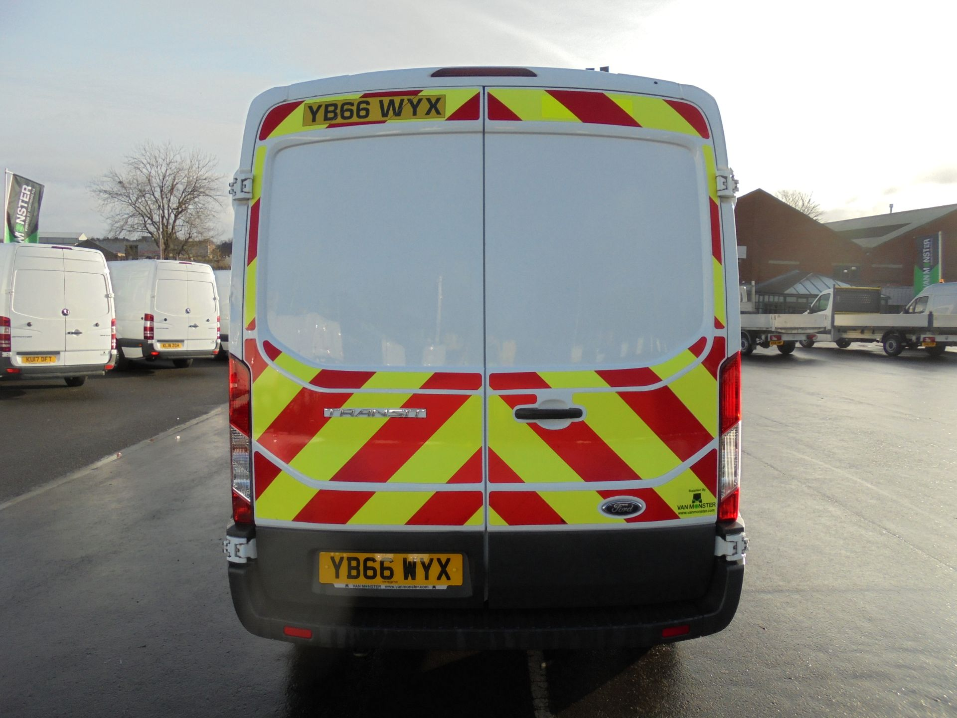 2016 Ford Transit 350 2.2 Tdci 125Ps L3 H2 Van Aftermarket Alarm and Security Locks (YB66WYX) Image 6