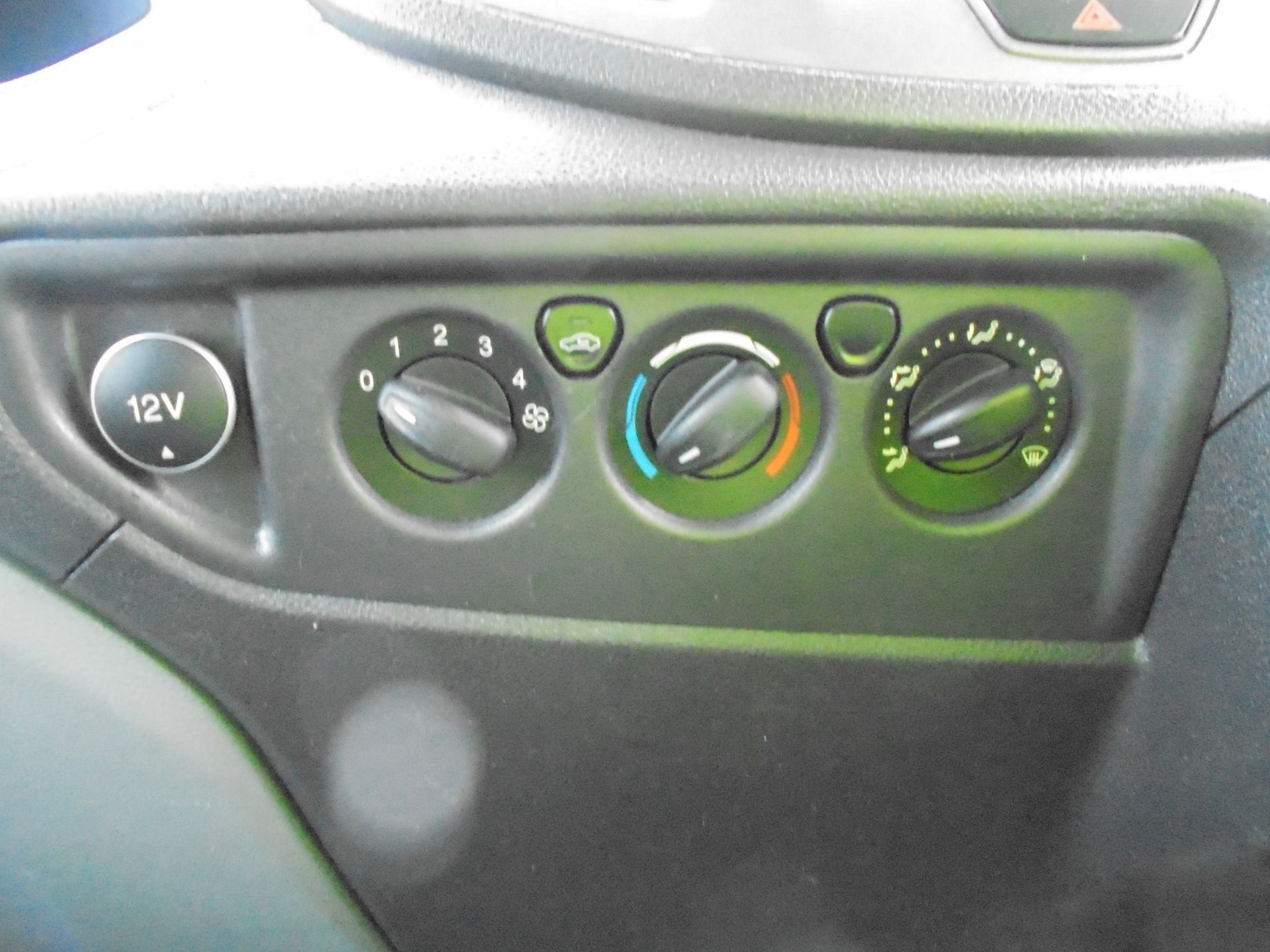 2016 Ford Transit 350 2.2 Tdci 125Ps L3 H2 Van Aftermarket Alarm and Security Locks (YB66WZN) Image 17