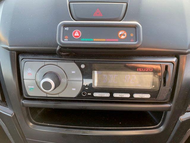 2017 Isuzu D-Max 1.9 Double Cab 4X4 Euro 6 (YD67YVG) Image 16