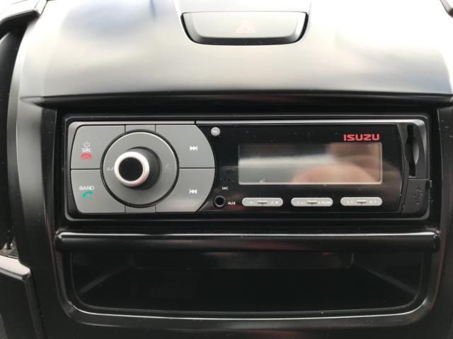 2017 Isuzu D-Max 1.9 Double Cab 4X4 Euro 6 (YD67YWX) Image 19