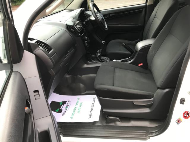 2017 Isuzu D-Max 1.9 Double Cab 4X4 Euro 6 (YD67YWX) Image 31