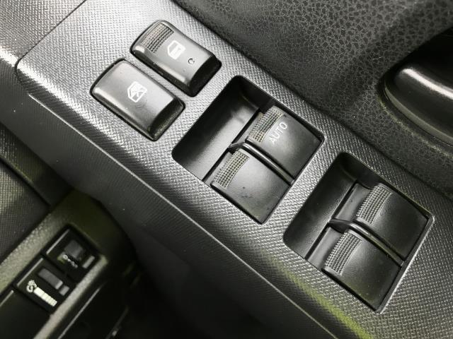 2014 Isuzu D-Max DOUBLE CAB 4X4 2.5TD 163PS EURO 5 (YE64ZWL) Image 24