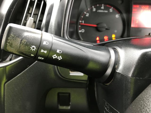 2014 Isuzu D-Max DOUBLE CAB 4X4 2.5TD 163PS EURO 5 (YE64ZWL) Image 27