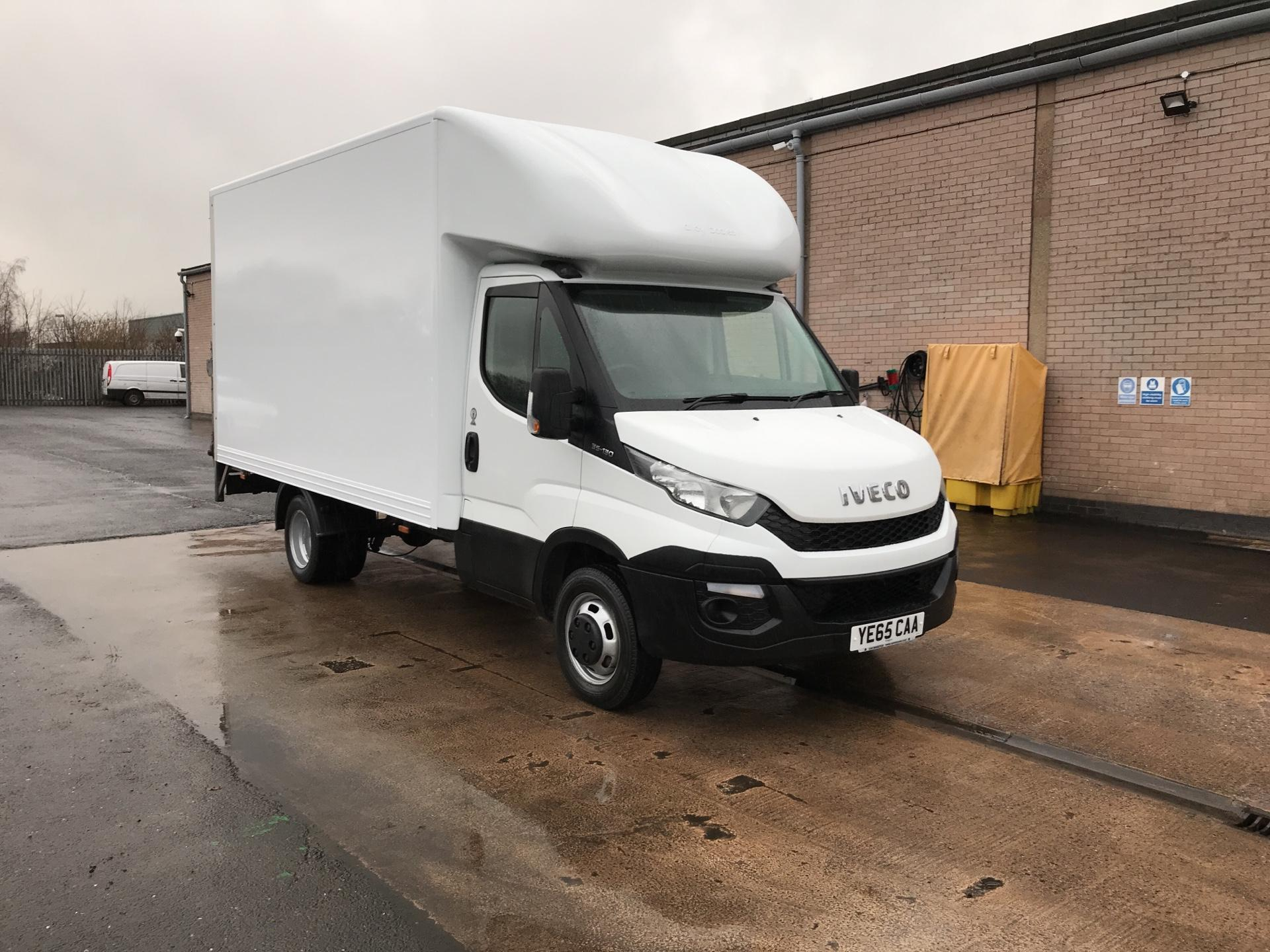 2015 Iveco Daily 35C13 13FT LUTON 136PS TAIL LIFT  (YE65CAA)