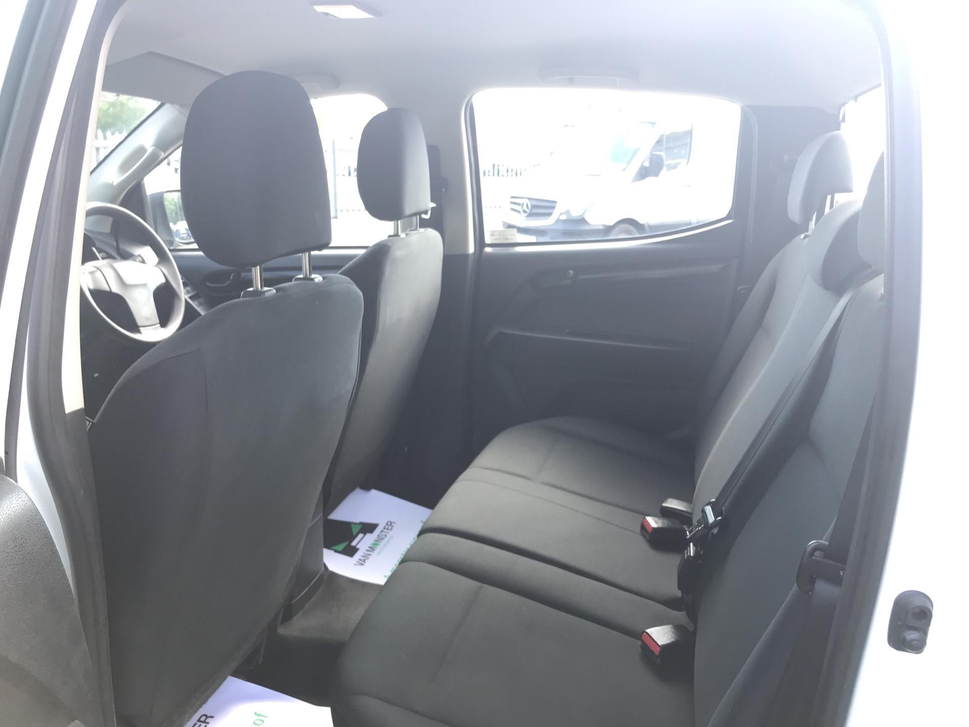 2015 Isuzu D-Max Double Cab 4*4 2.5 TD EURO 5 (YE65VOG) Image 15