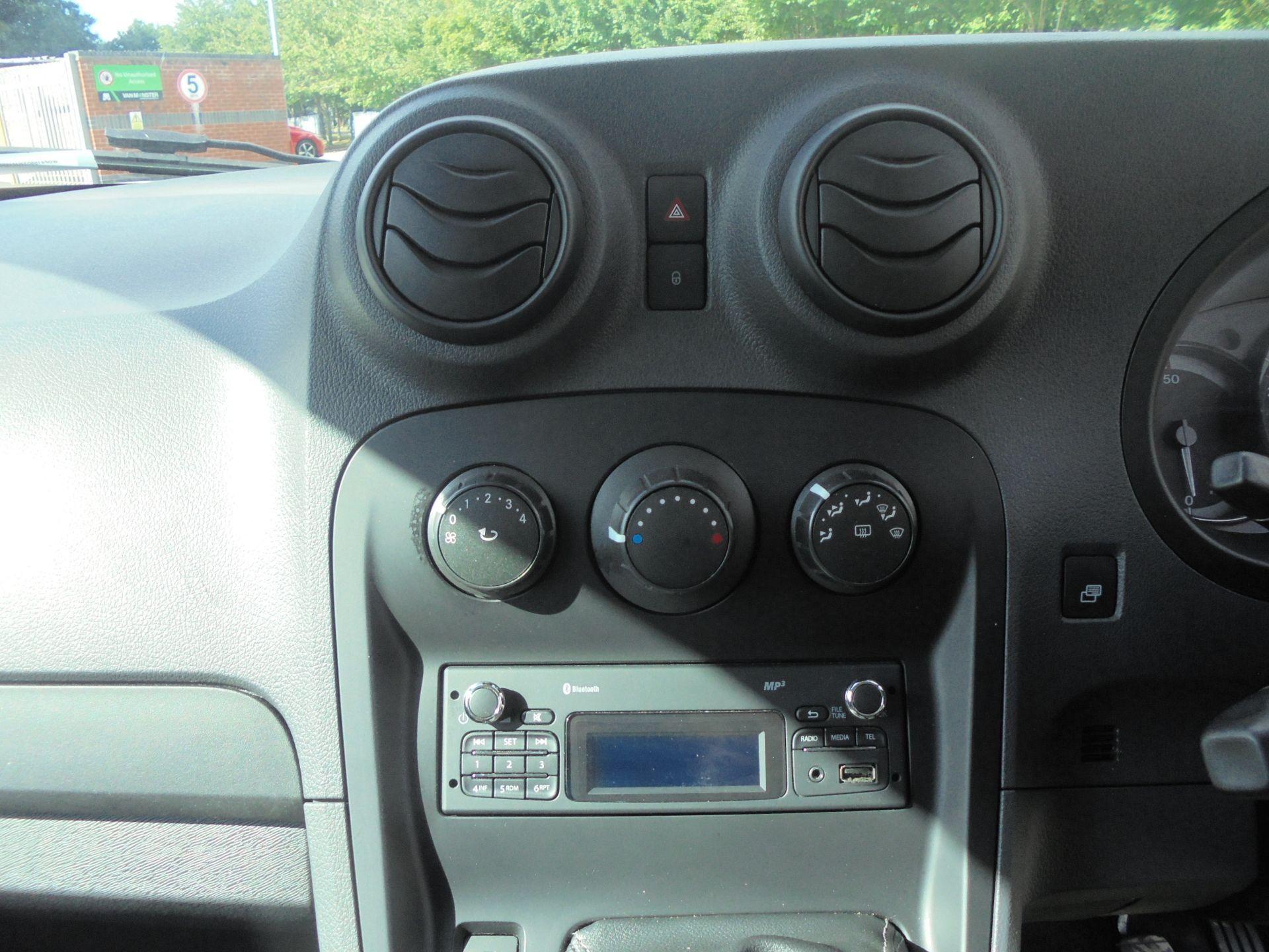2017 Mercedes-Benz Citan 109Cdi Van (YE67YMS) Image 16