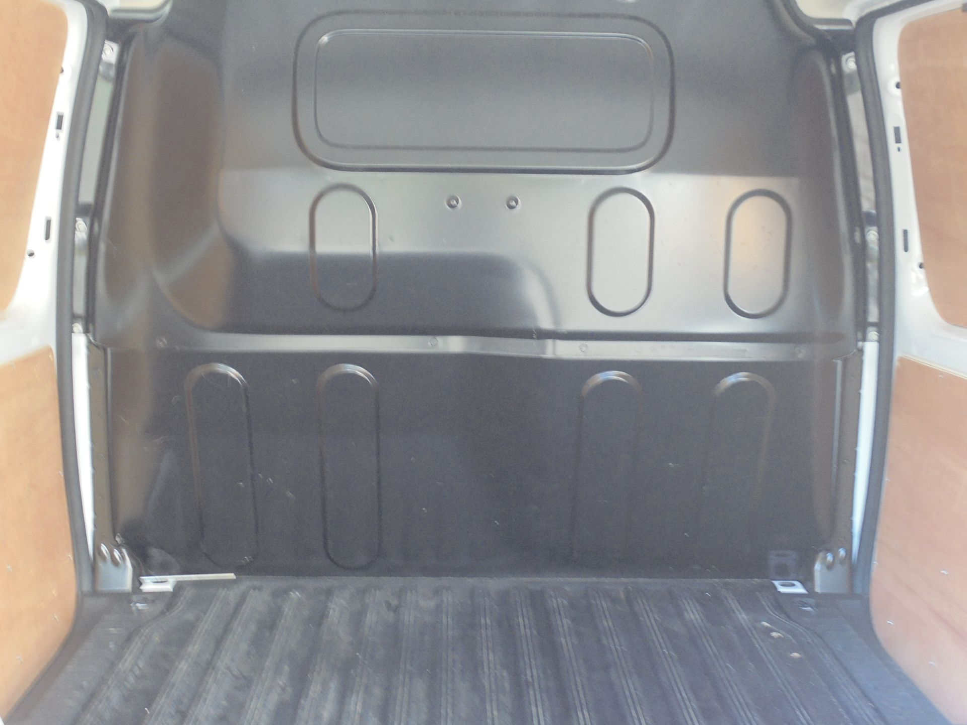 2017 Mercedes-Benz Citan 109Cdi Van (YE67YMS) Image 10