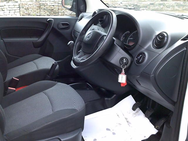 2017 Mercedes-Benz Citan Long Diesel 109Cdi Van (YE67YNM) Image 2