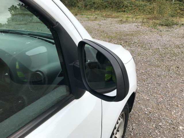 2017 Mercedes-Benz Citan 109Cdi Van (YE67YNS) Image 38