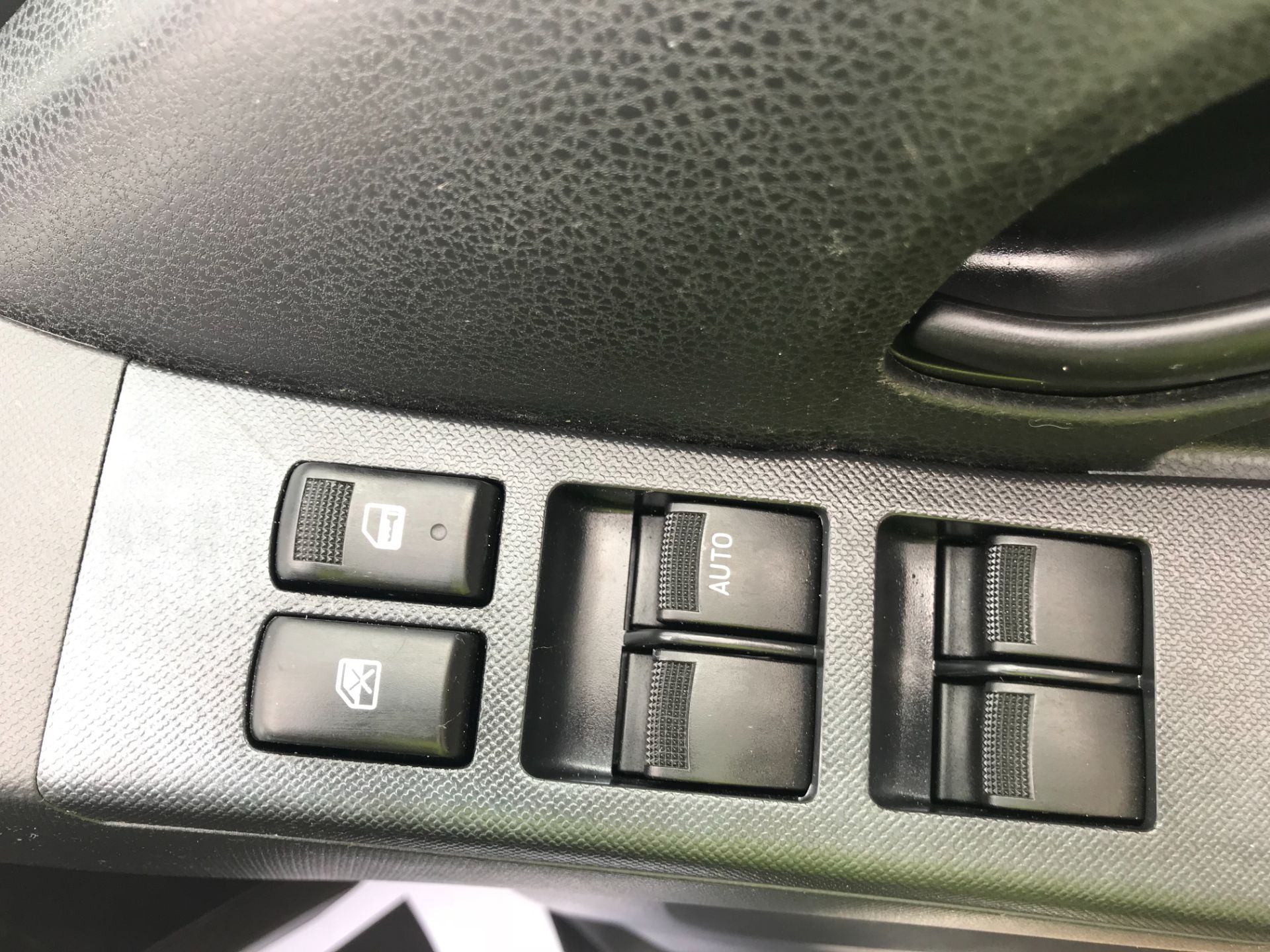 2017 Isuzu D-Max Double Cab 4*4 2.5 TD EURO 5 (YG17WSU) Image 22