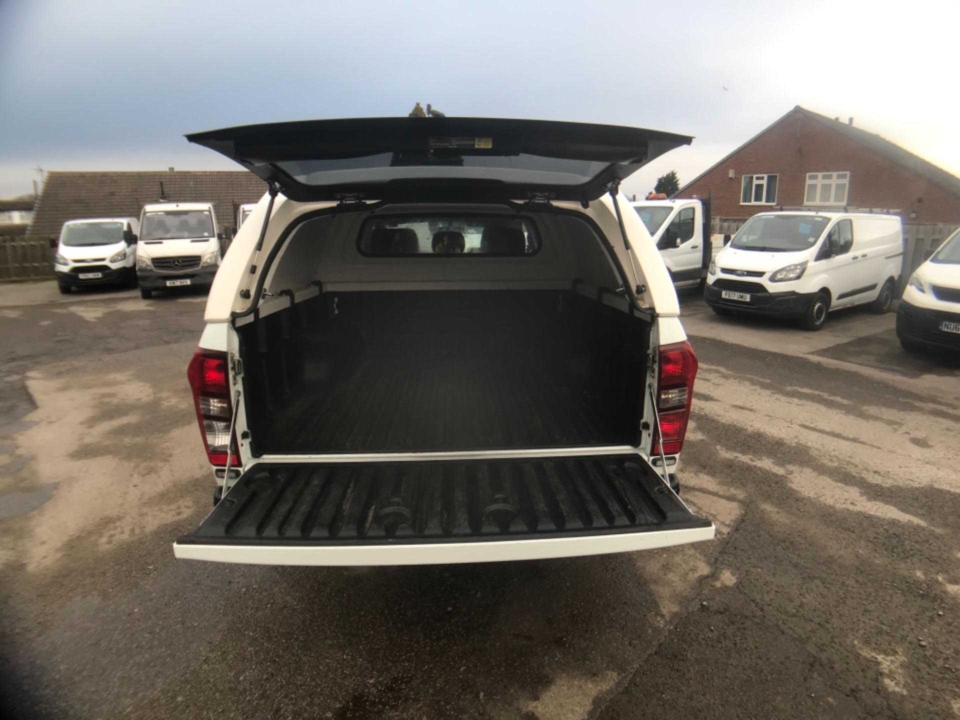 2018 Isuzu D-Max 1.9 Double Cab 4X4 (YG18FZJ) Image 12