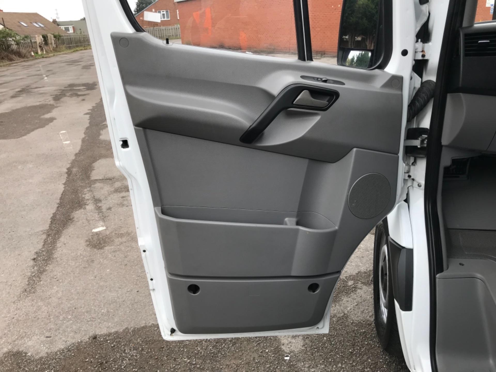 2017 Mercedes-Benz Sprinter MWB 314 3.5T Van (YH67PNZ) Image 31