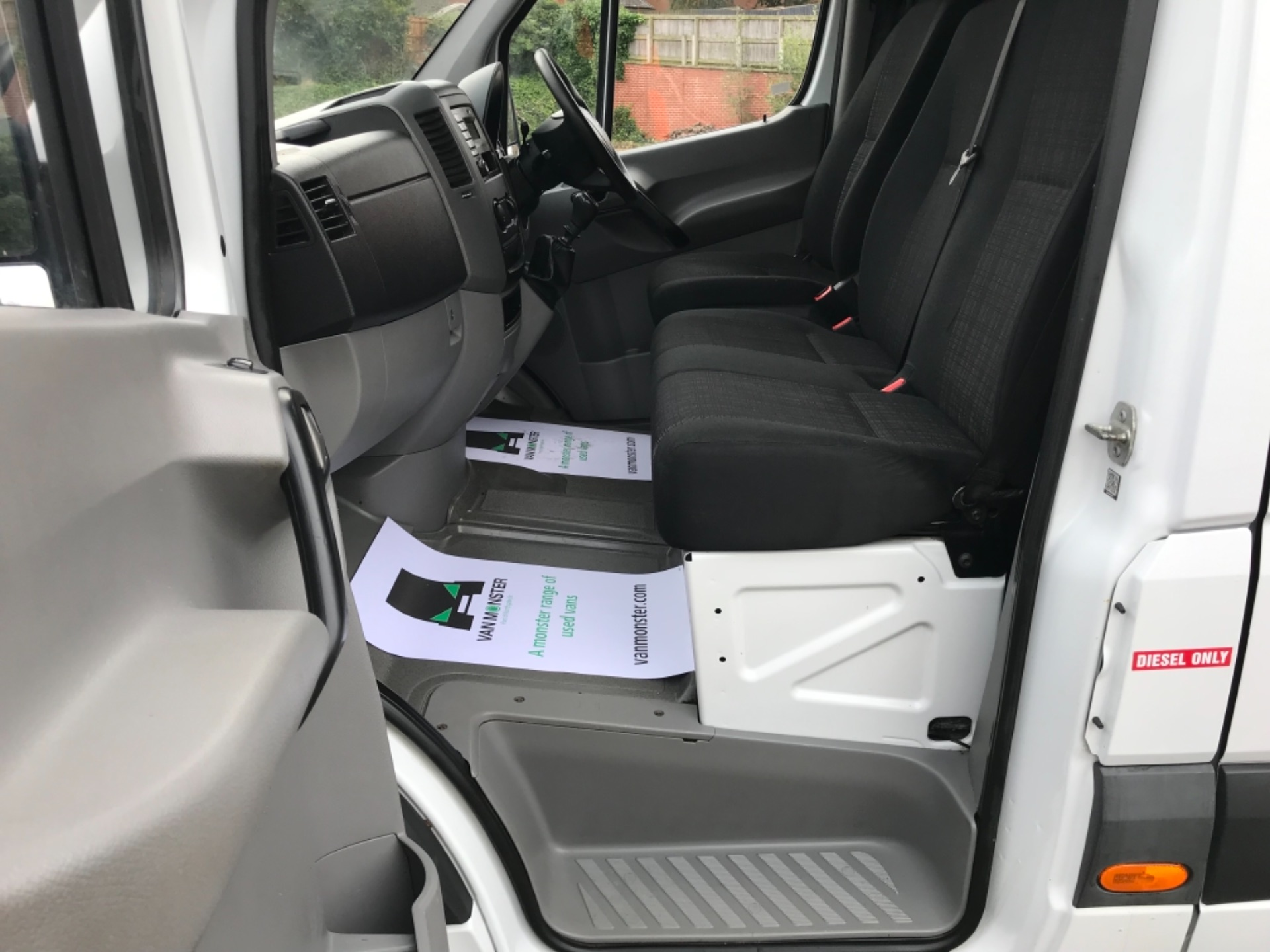 2017 Mercedes-Benz Sprinter MWB 314 3.5T Van (YH67PNZ) Image 29