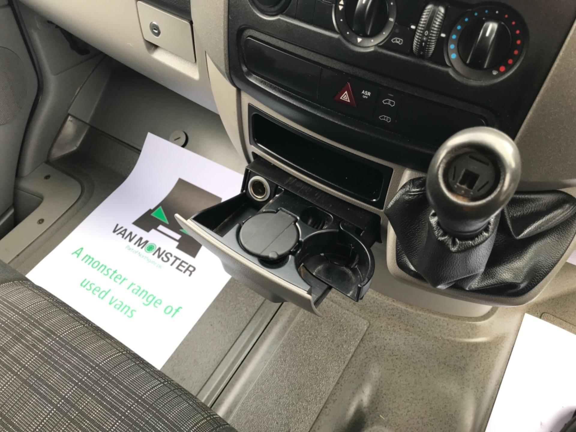 2017 Mercedes-Benz Sprinter MWB 314 3.5T Van (YH67PNZ) Image 26