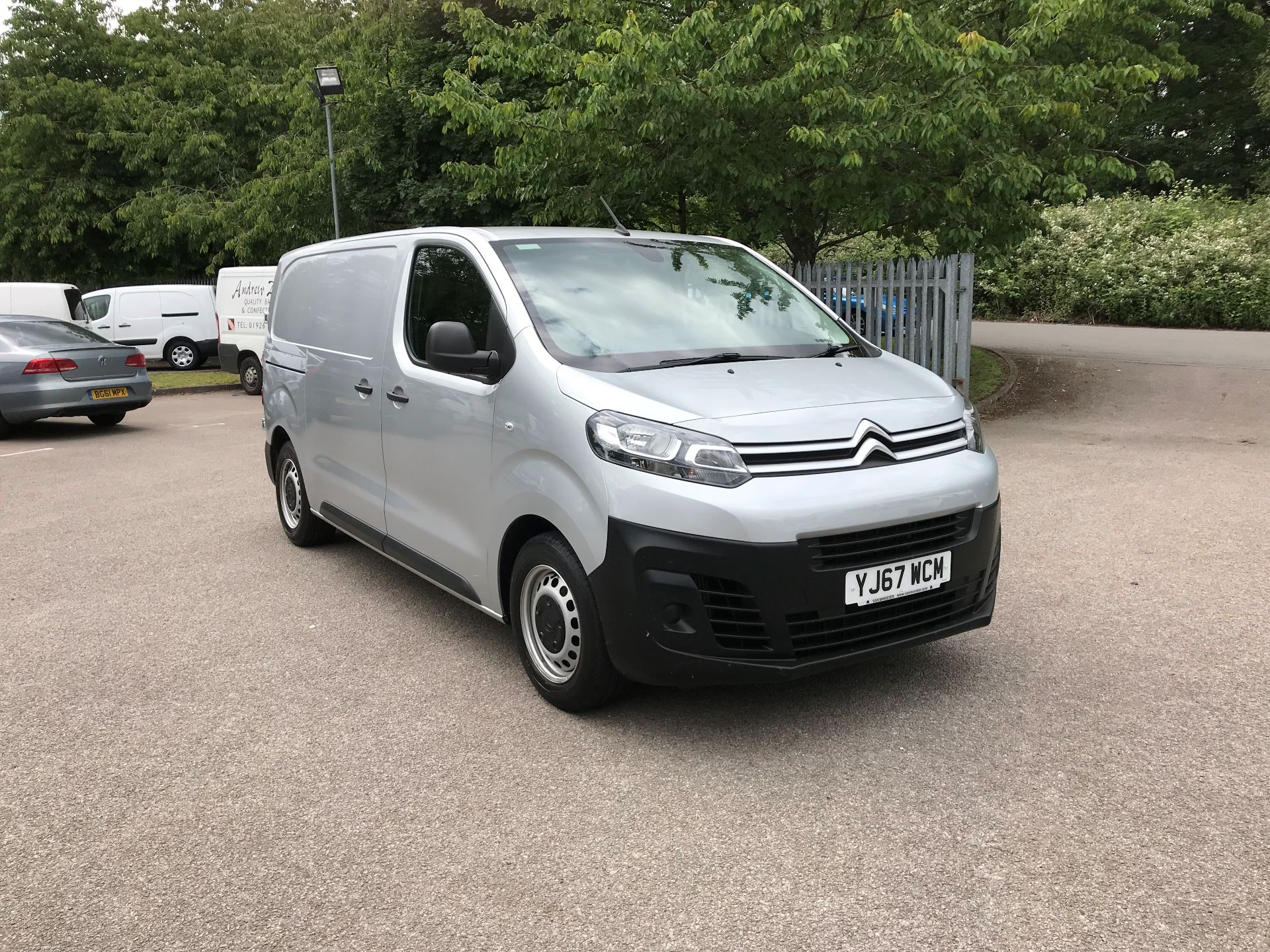 2017 Citroen Dispatch  M Diesel 1000 1.6 BlueHDI 95 Enterprise EURO 6 (YJ67WCM)