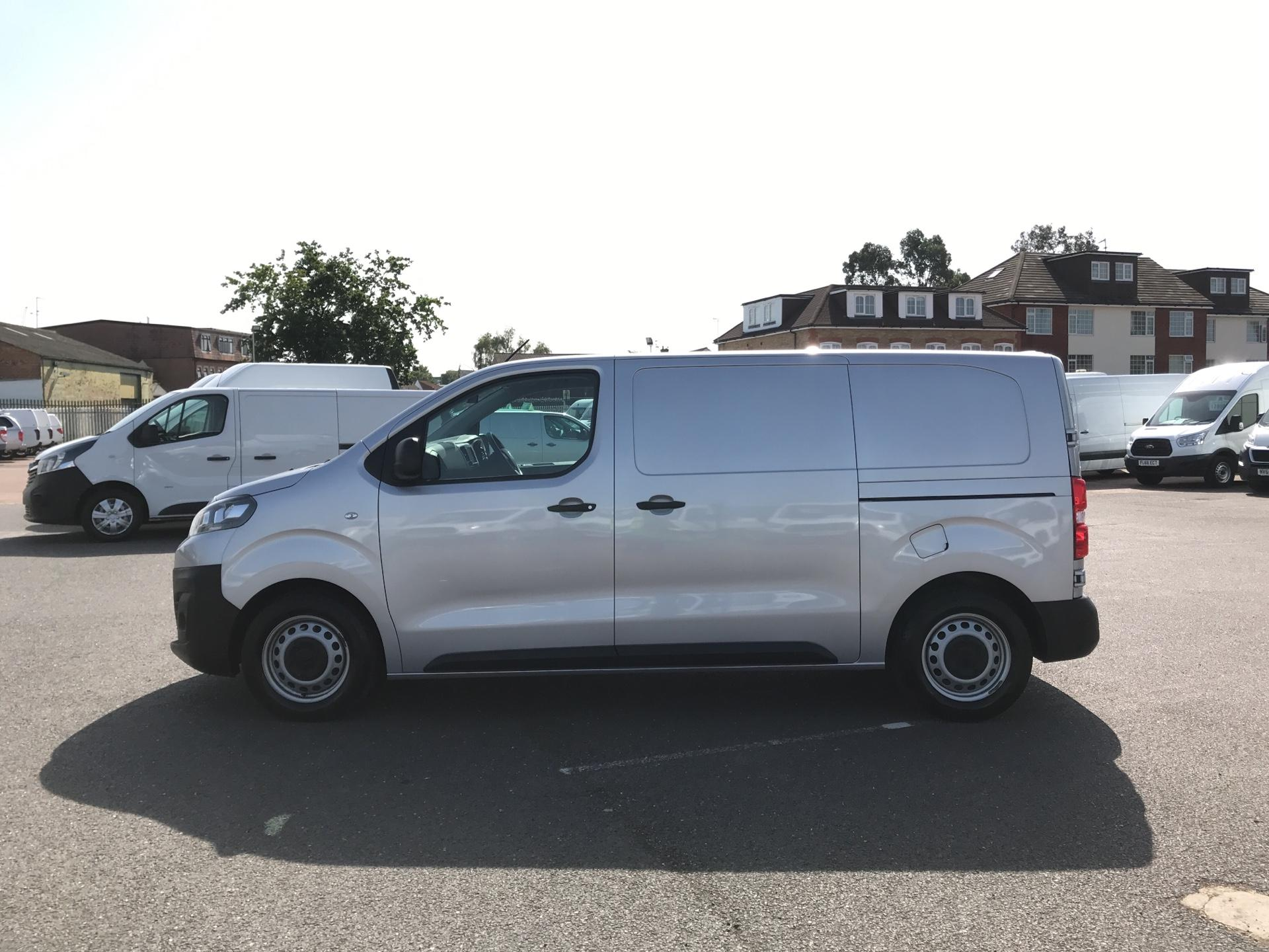 2017 Citroen Dispatch 1000 1.6 Bluehdi 95 Van Enterprise Euro 6 (YJ67WCV) Image 6