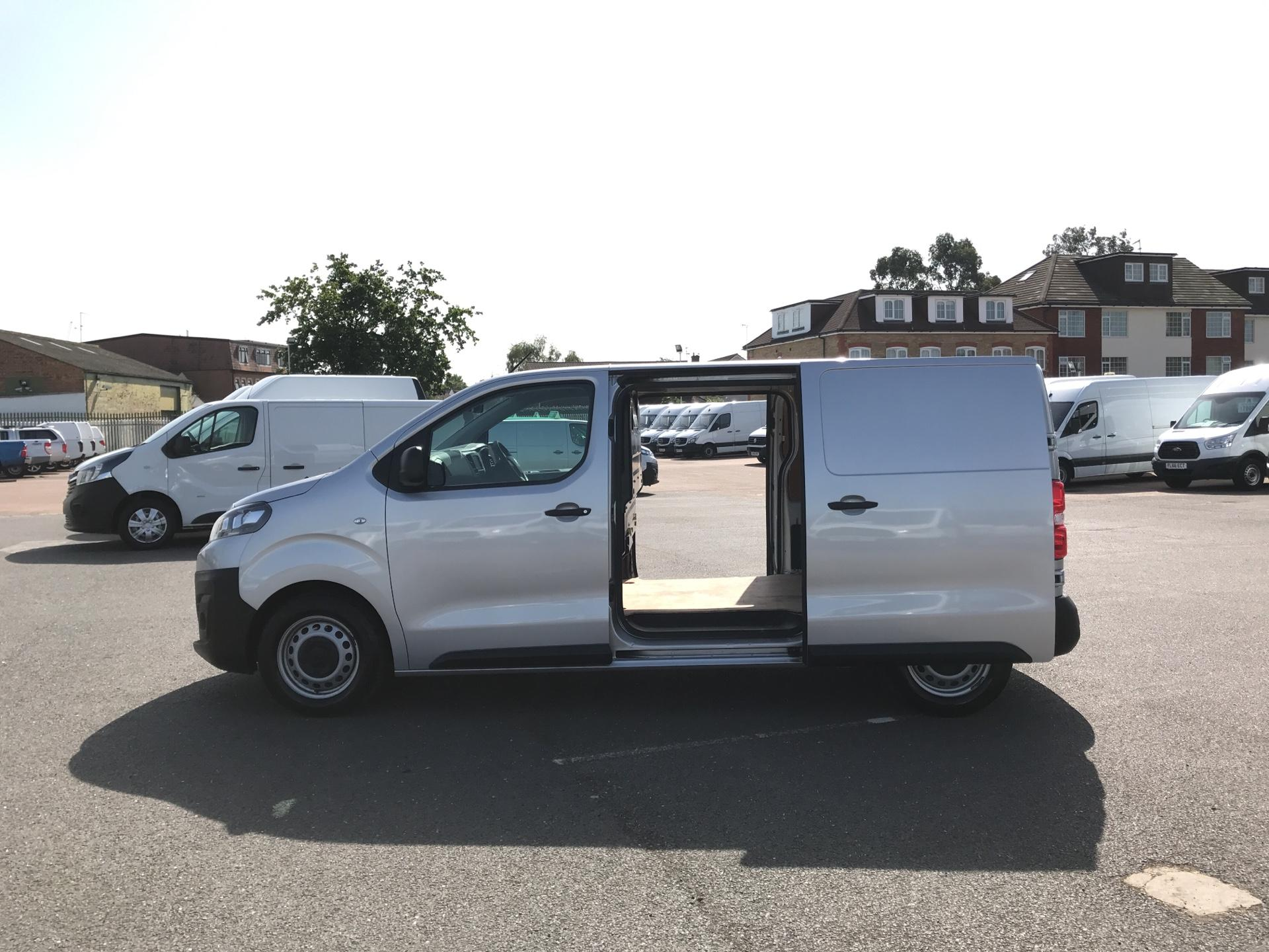 2017 Citroen Dispatch 1000 1.6 Bluehdi 95 Van Enterprise Euro 6 (YJ67WCV) Image 18