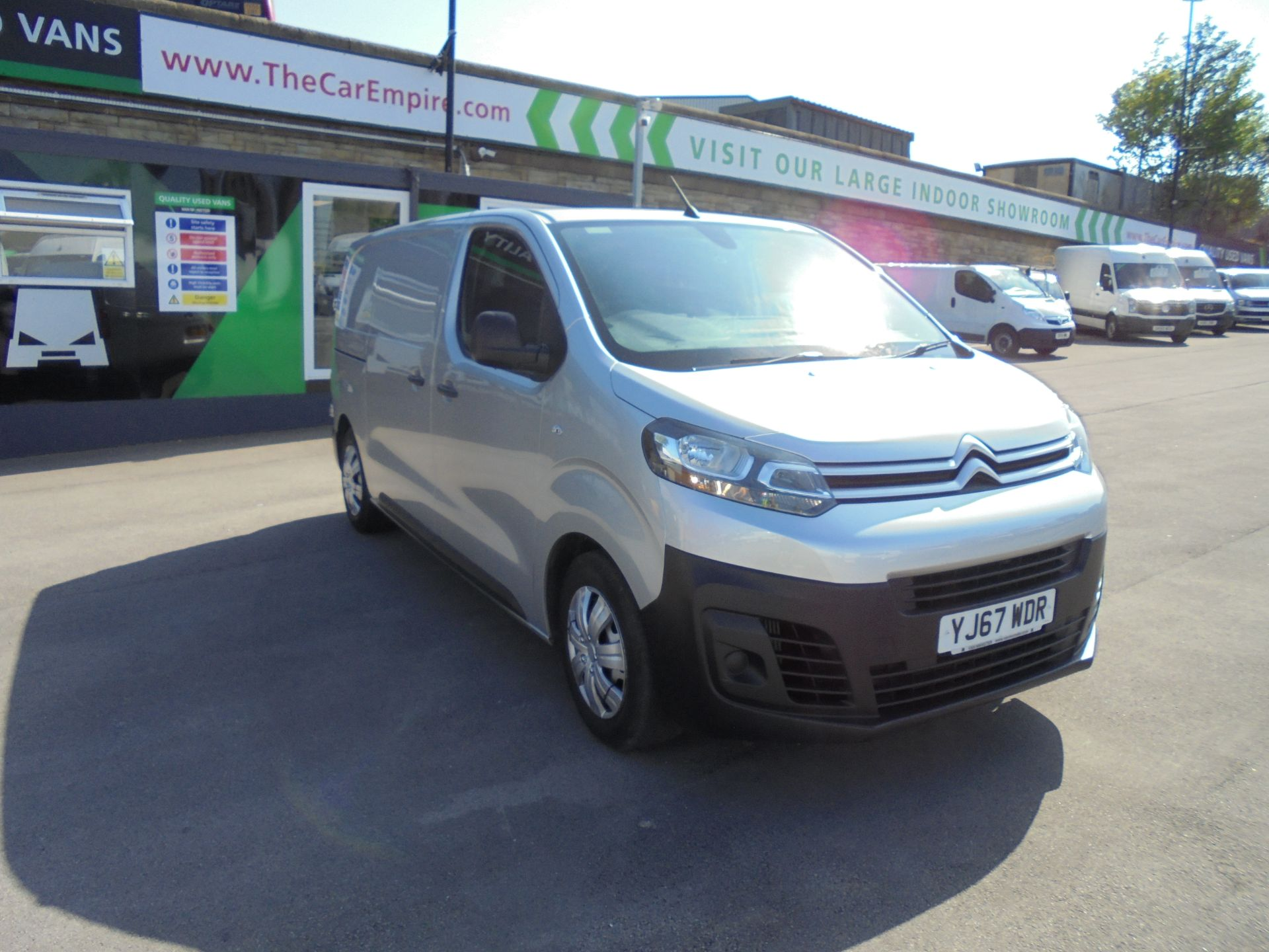 2017 Citroen Dispatch 1000 1.6 Bluehdi 95 Van Enterprise AIR/CON CRUISE. (YJ67WDR)