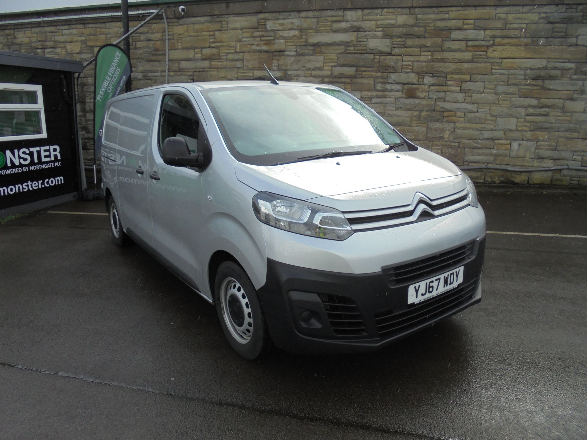 2017 Citroen Dispatch 1000 1.6 Bluehdi 95 Van Enterprise AIR CON / CRUISE. (YJ67WDY)