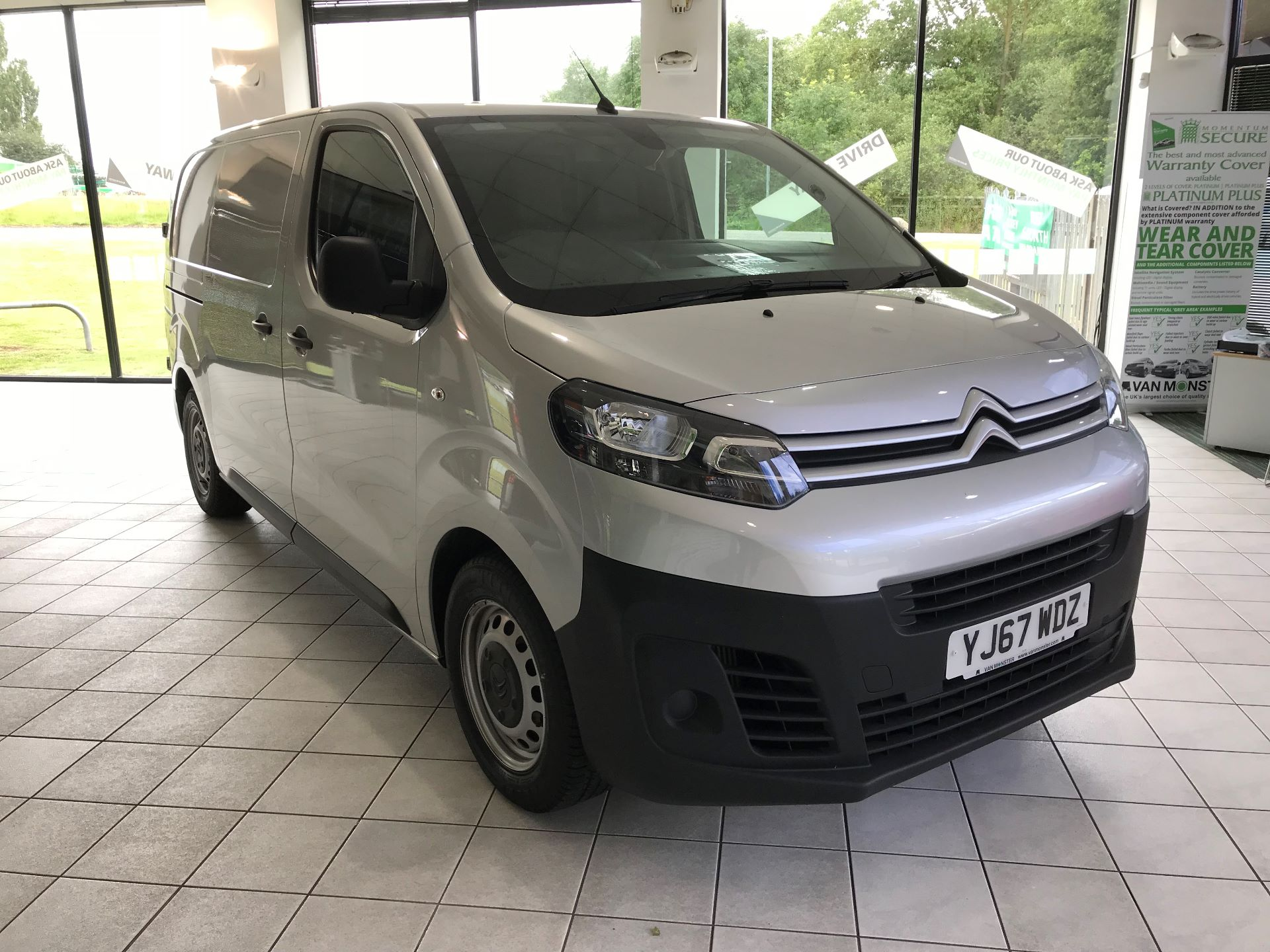 2017 Citroen Dispatch L2 DIESEL 1200 HDI 125 H1 VAN ENTERPRISE EURO 6 (YJ67WDZ)