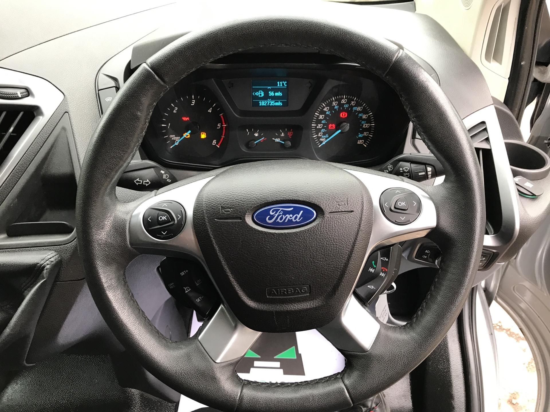 2014 Ford Transit Custom 330 L2 DIESEL FWD 2.2 TDCI 125PS LOW ROOF TREND VAN EURO 5 (YK64GDE) Image 12