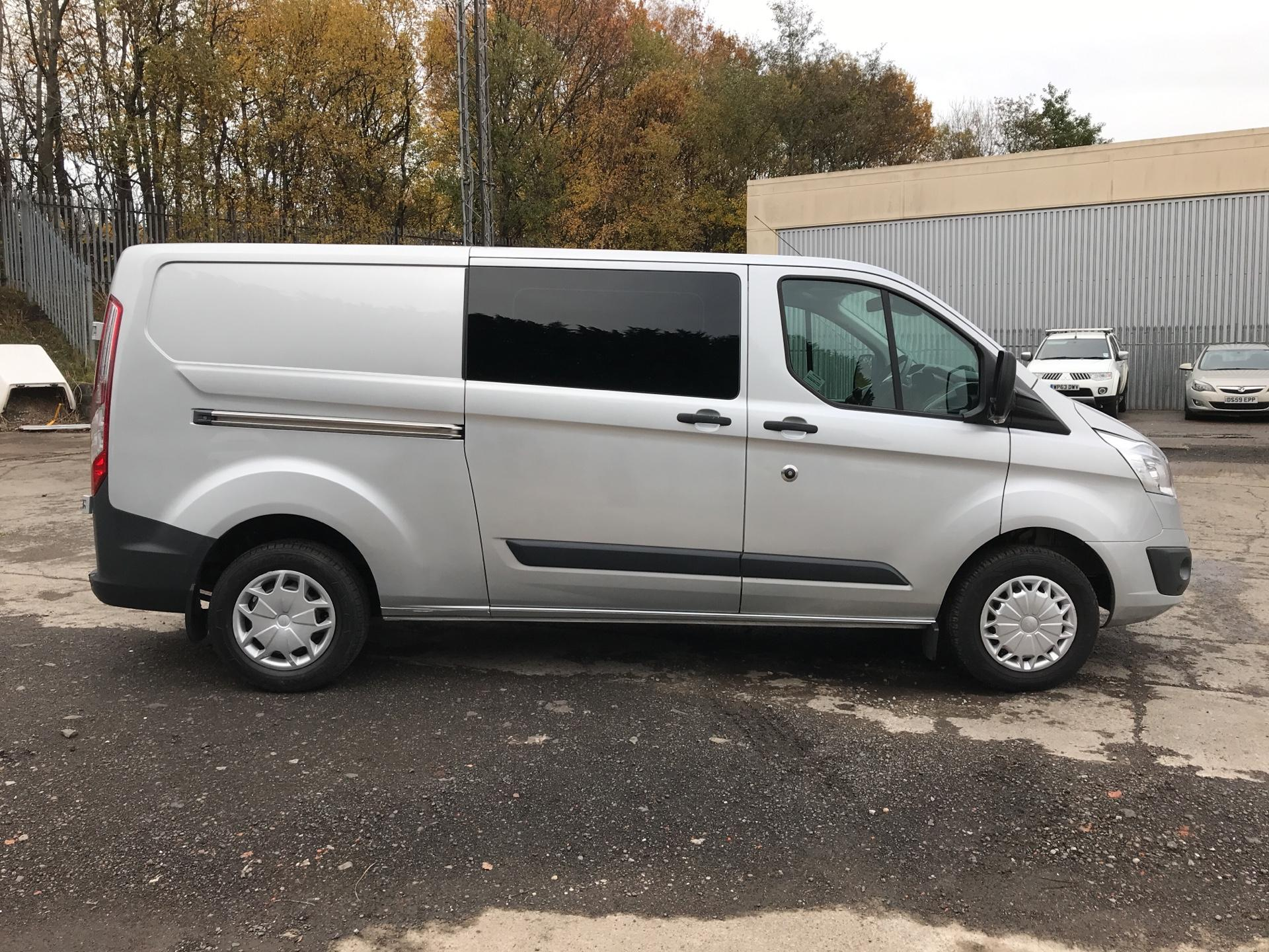 2014 Ford Transit Custom 330 L2 DIESEL FWD 2.2 TDCI 125PS LOW ROOF TREND VAN EURO 5 (YK64GDE) Image 2