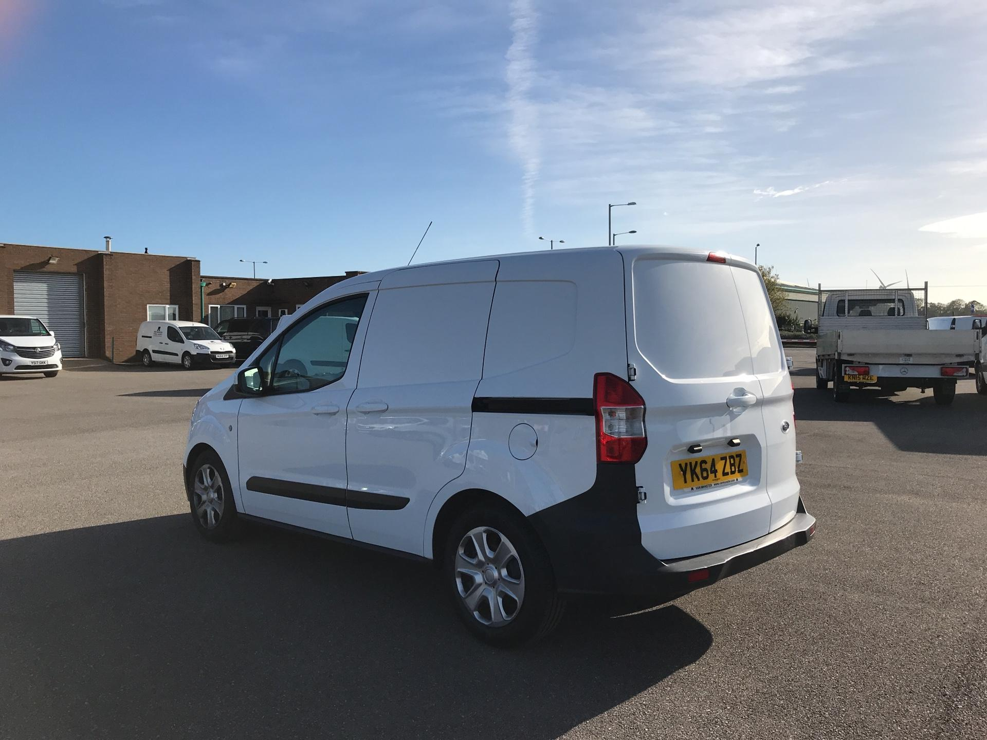 2014 Ford Transit Courier 1.5 TDCI 75PS TREND VAN (YK64ZBZ) Image 5
