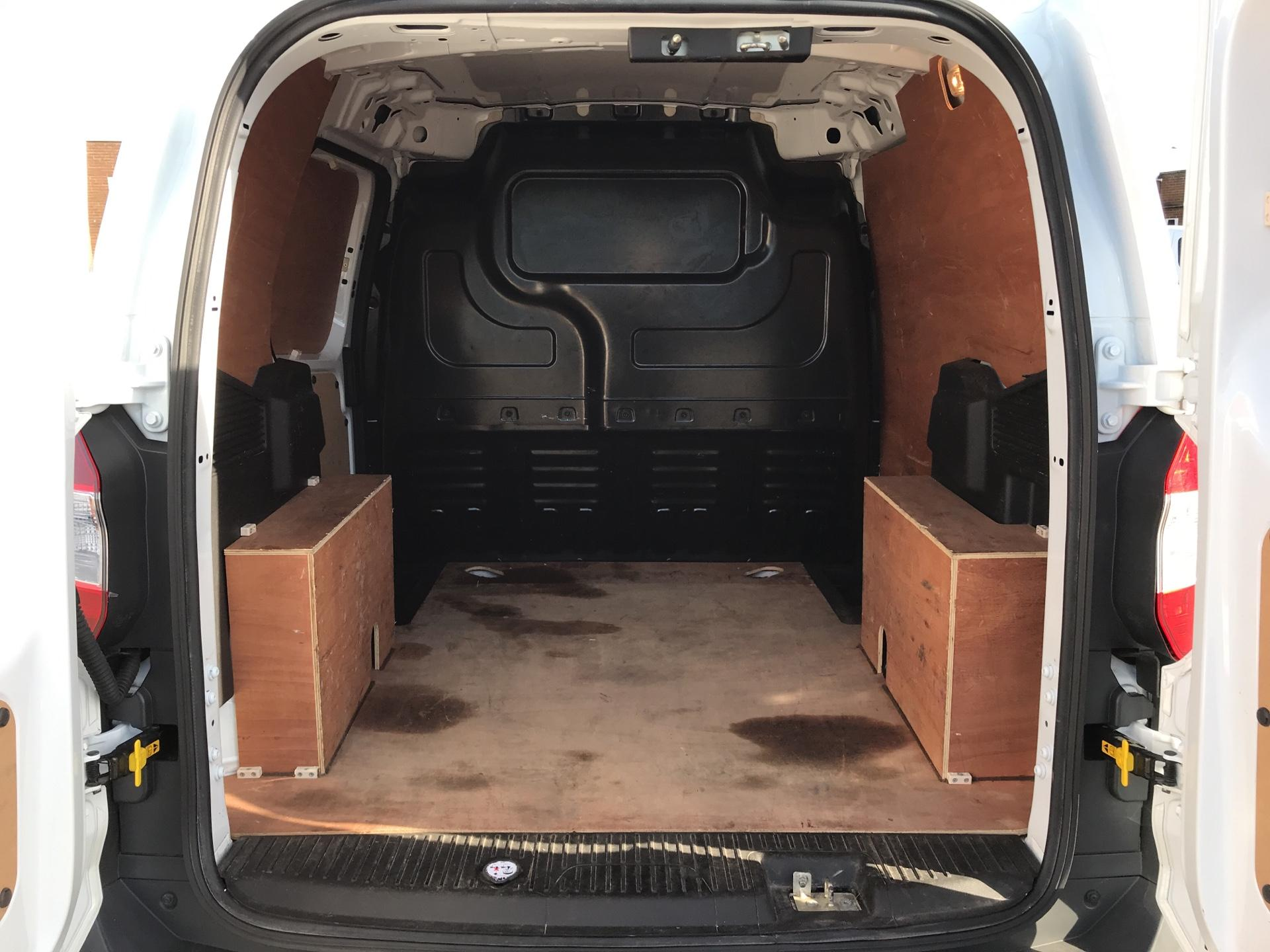 2014 Ford Transit Courier 1.5 TDCI 75PS TREND VAN (YK64ZBZ) Image 15