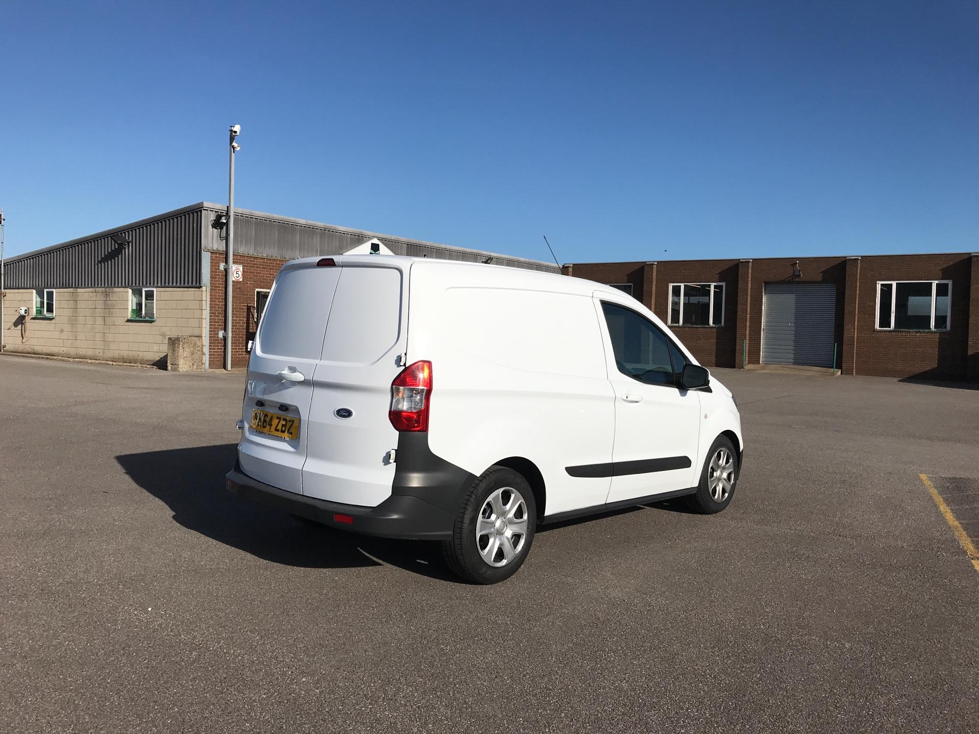 2014 Ford Transit Courier 1.5 TDCI 75PS TREND VAN (YK64ZBZ) Image 3