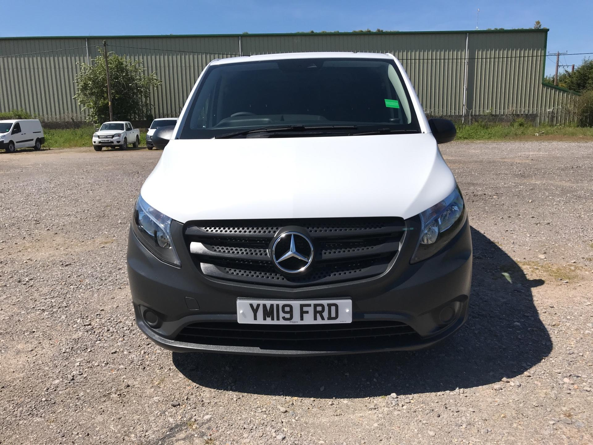 2019 Mercedes-Benz Vito 111Cdi Van Euro 6 Massive Specification A/C  (YM19FRD) Image 8