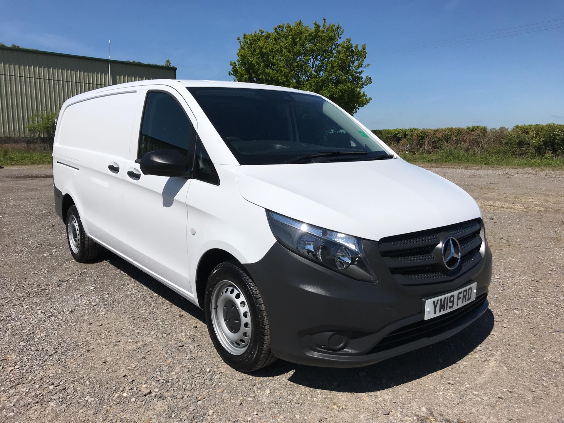 2019 Mercedes-Benz Vito 111Cdi Van Euro 6 Massive Specification A/C  (YM19FRD) Image 1