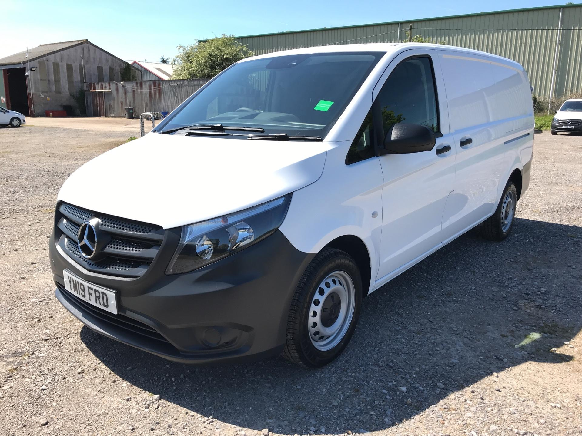 2019 Mercedes-Benz Vito 111Cdi Van Euro 6 Massive Specification A/C  (YM19FRD) Image 7