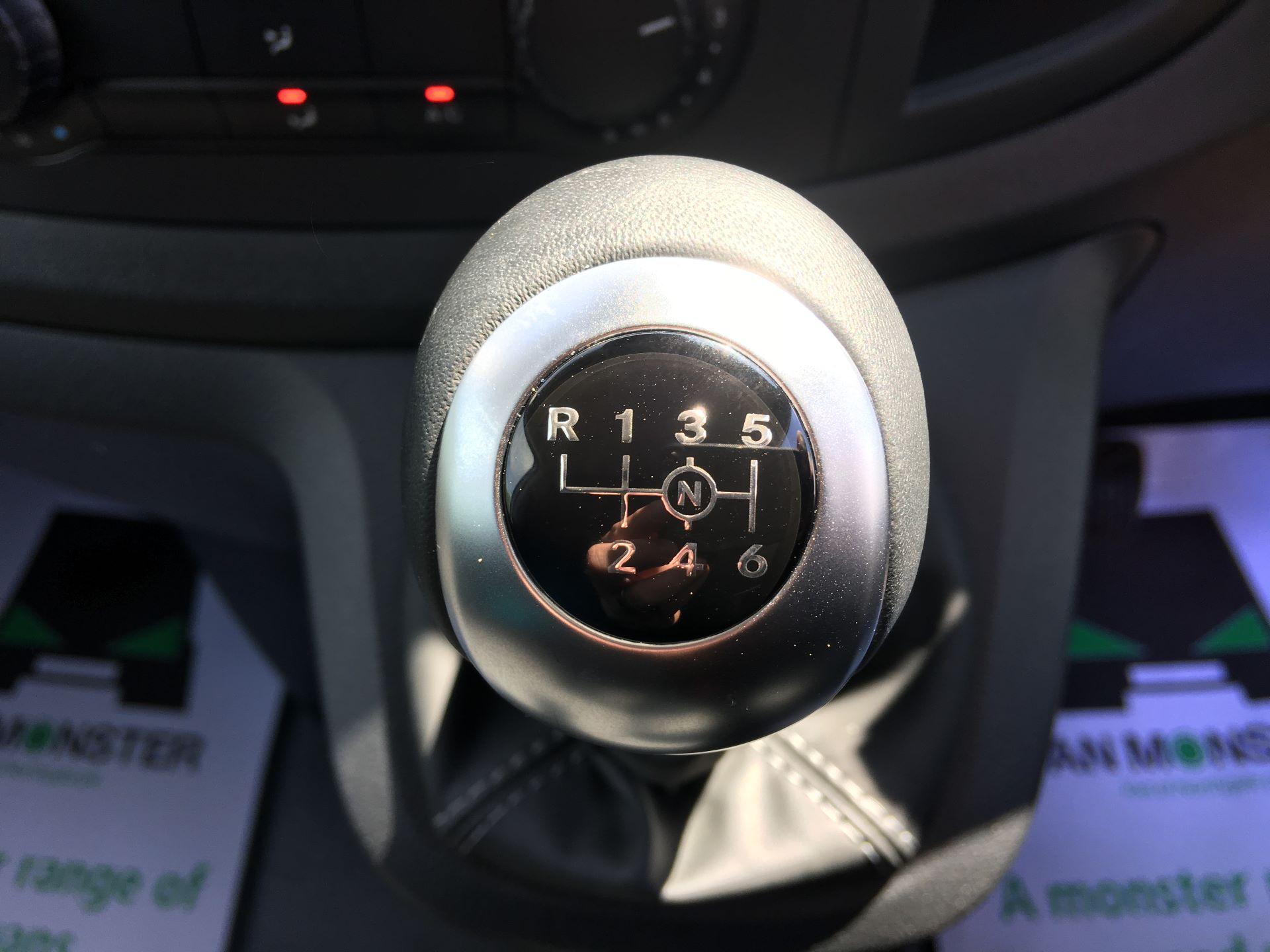 2019 Mercedes-Benz Vito LONG 111 CDI VAN EURO 5/6 (YM19HFY) Image 4