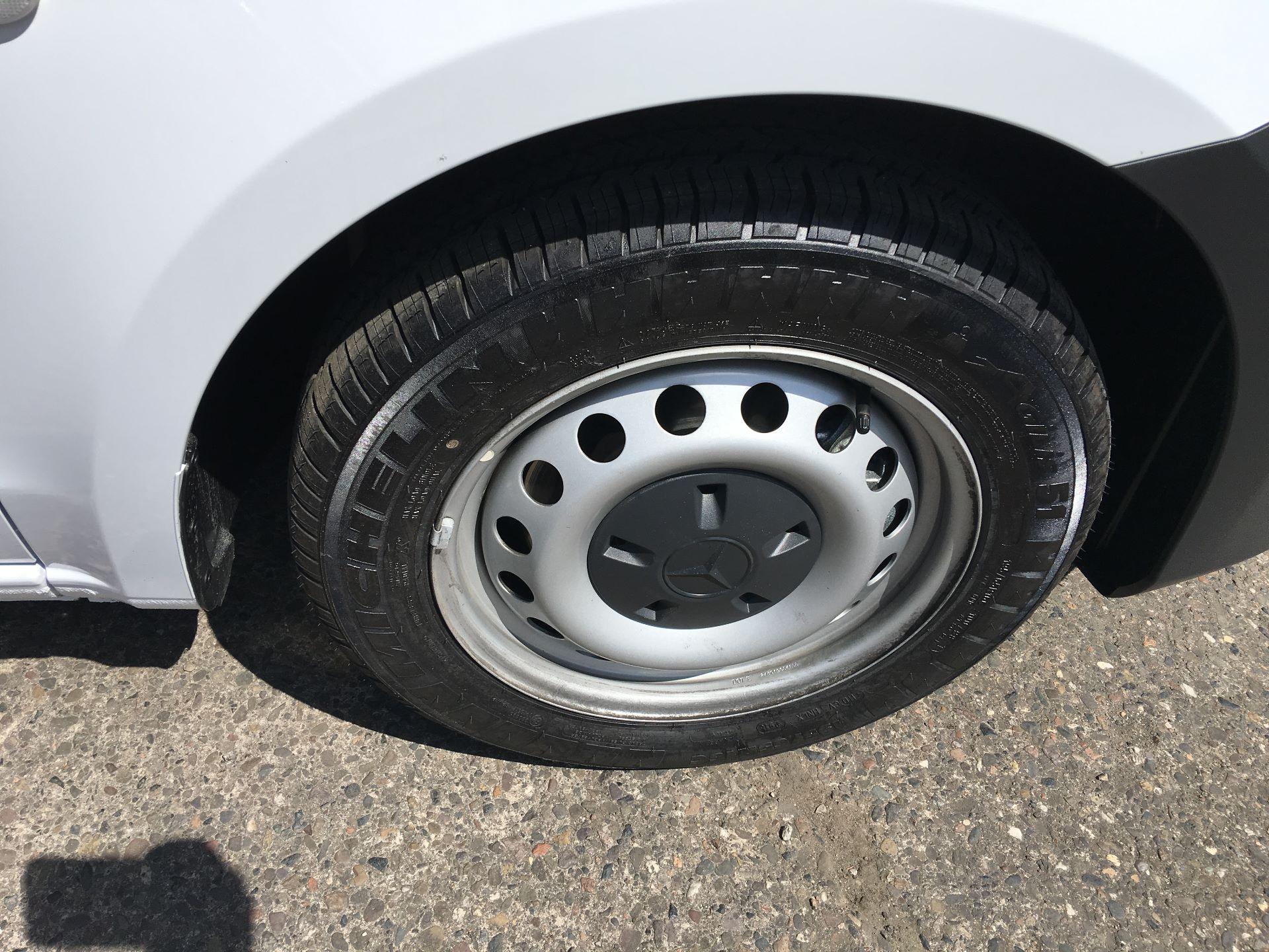 2019 Mercedes-Benz Vito LONG 111 CDI VAN EURO 5/6 (YM19HFY) Image 18