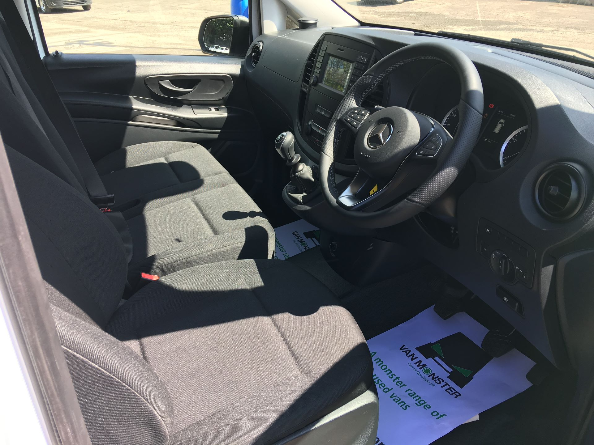 2019 Mercedes-Benz Vito LONG 111 CDI VAN EURO 5/6 (YM19HFY) Image 2
