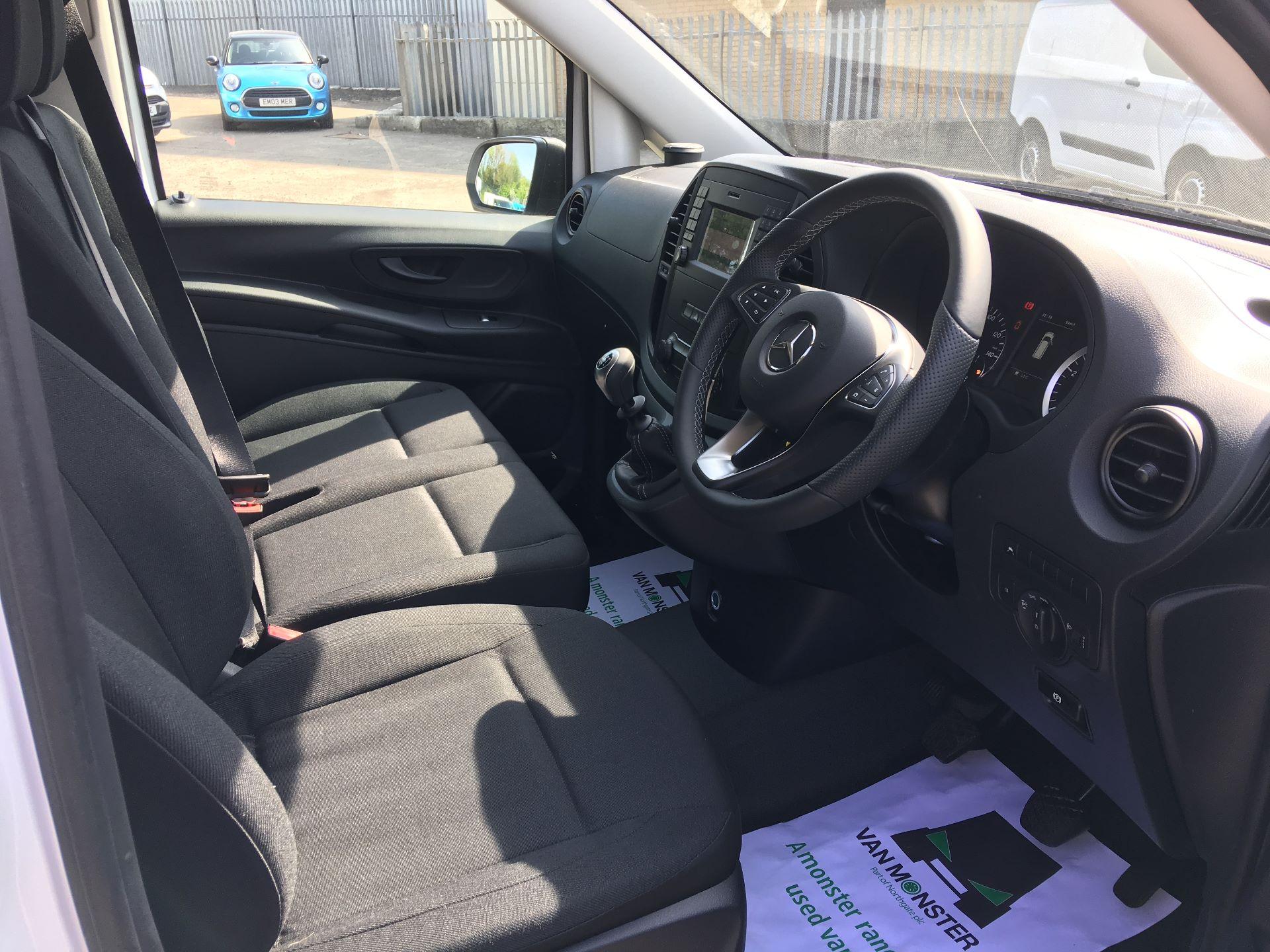 2019 Mercedes-Benz Vito LONG 111 CDI VAN EURO 5/6 (YM19HFZ) Image 2