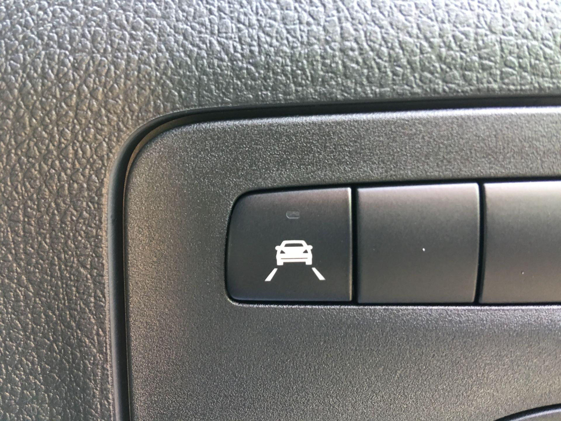 2019 Mercedes-Benz Vito LONG 111 CDI VAN EURO 5/6 (YM19HFZ) Image 11