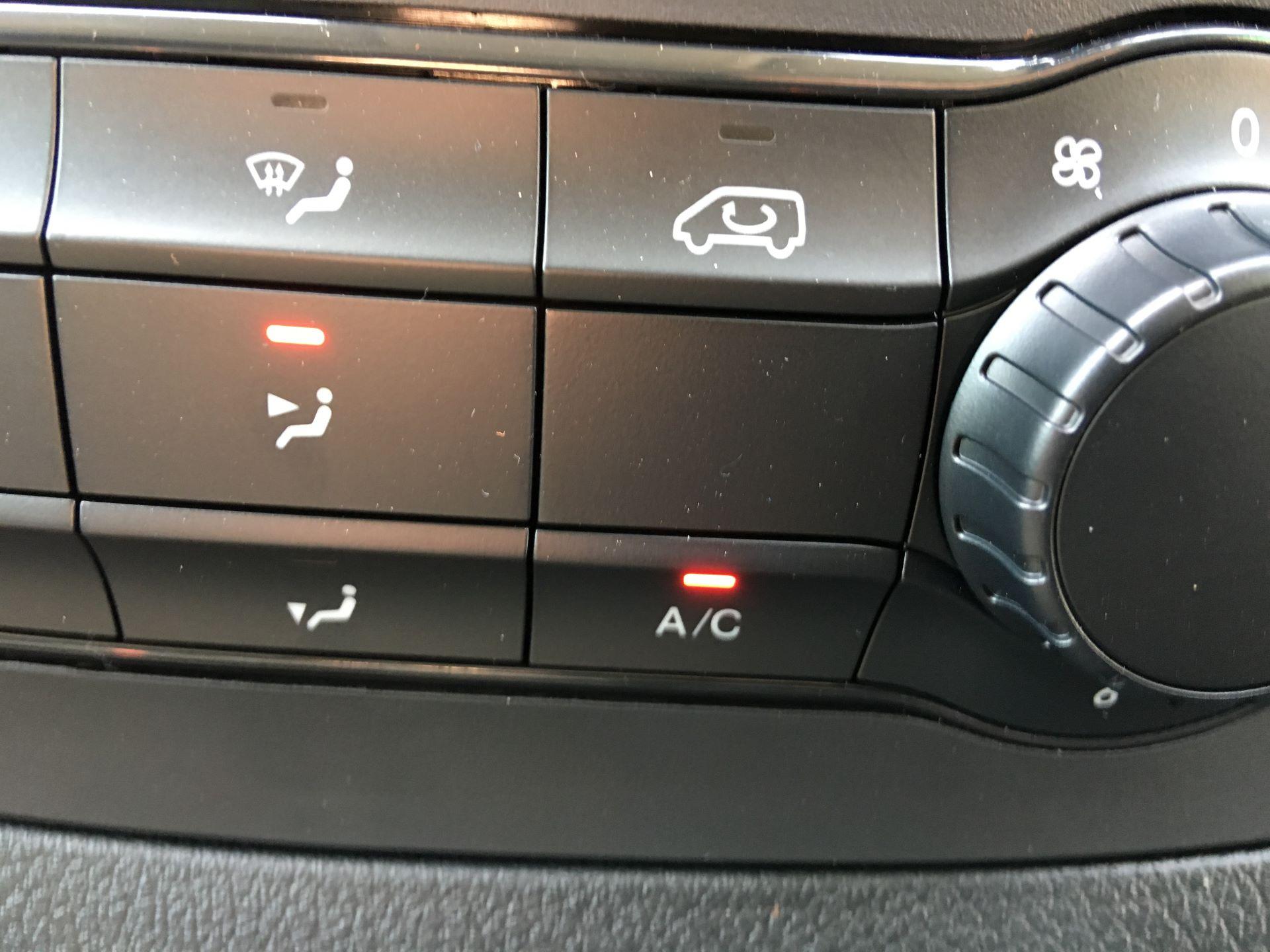 2019 Mercedes-Benz Vito LONG 111 CDI VAN EURO 5/6 (YM19HGC) Image 9