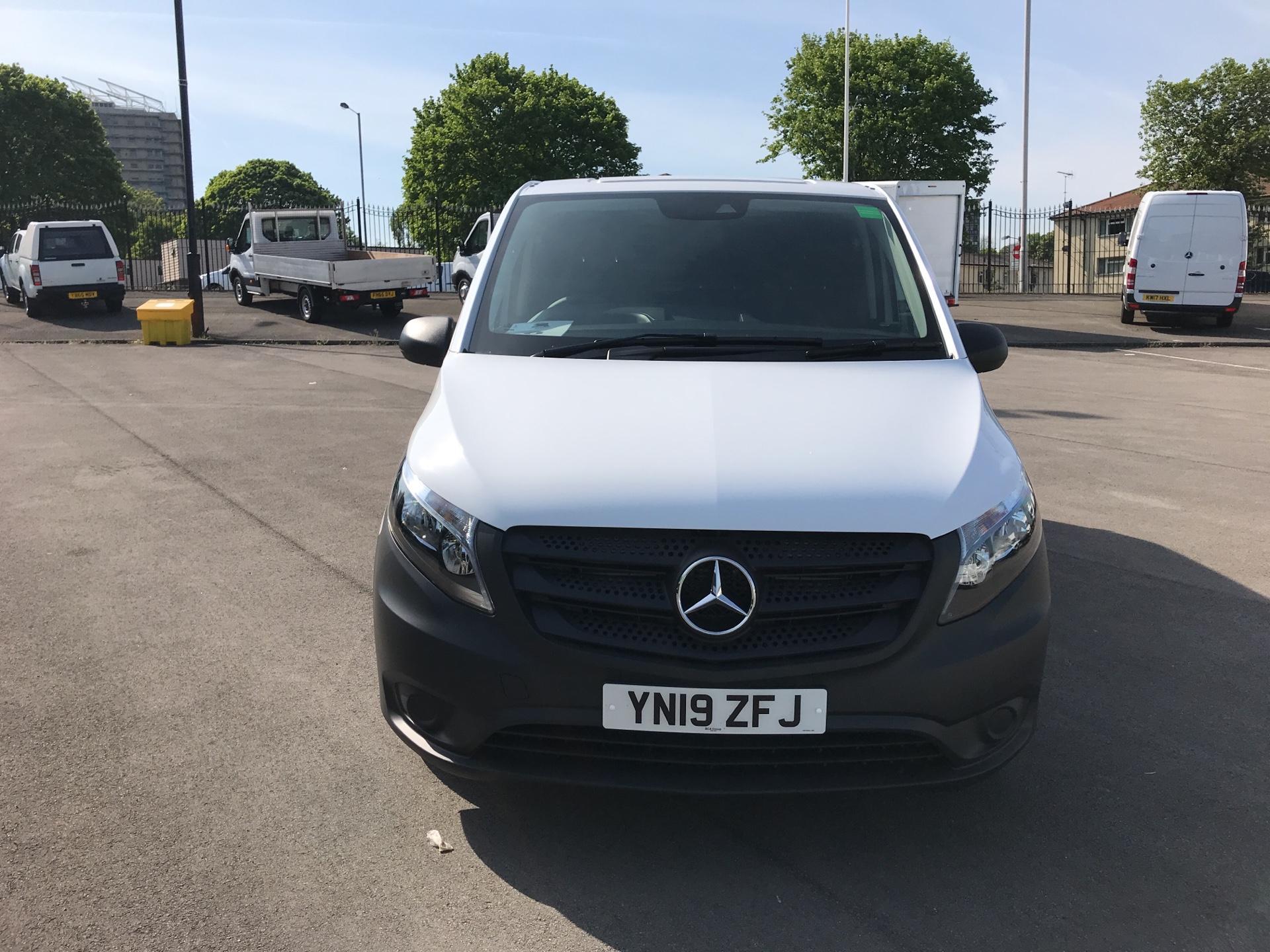 2019 Mercedes-Benz Vito 111Cdi Van Euro 6 Massive Specification A/C (YN19ZFJ) Image 8