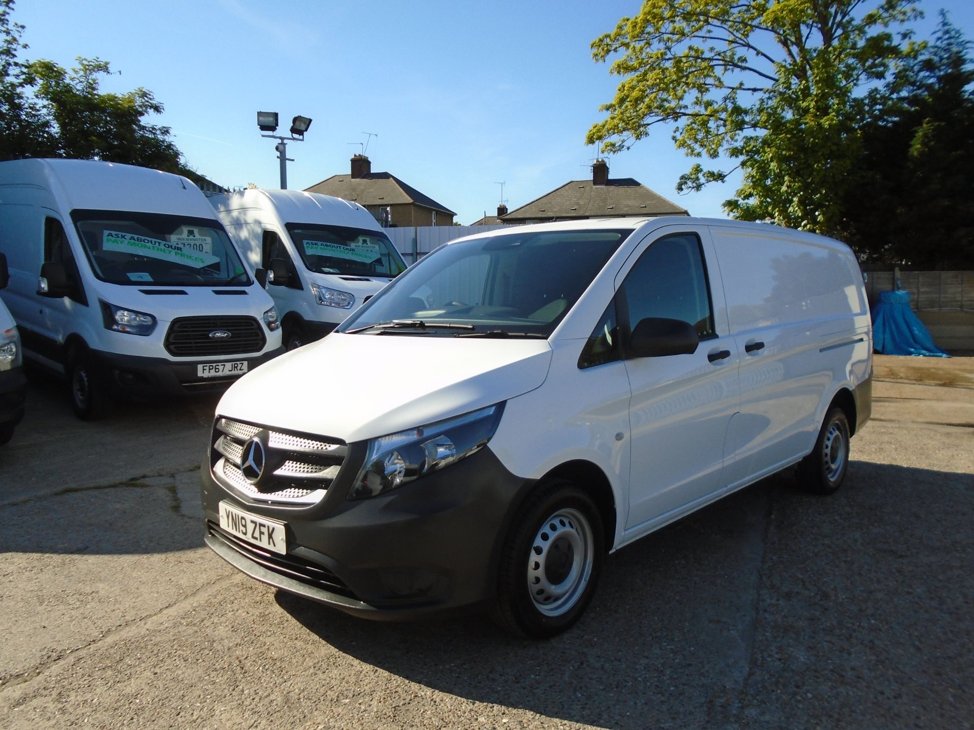 2019 Mercedes-Benz Vito 111Cdi Van Euro 6 Massive specification A/C Air Con, Delivery Miles Only (YN19ZFK) Image 3