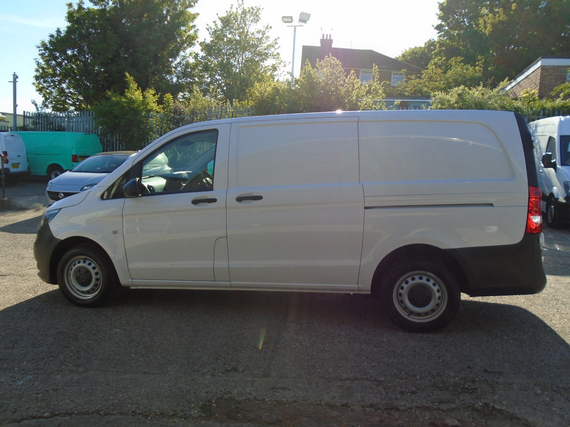 2019 Mercedes-Benz Vito  111Cdi Van Euro 6 Massive specification A/C Air Con, Delivery Miles Only (YN19ZFR) Image 8