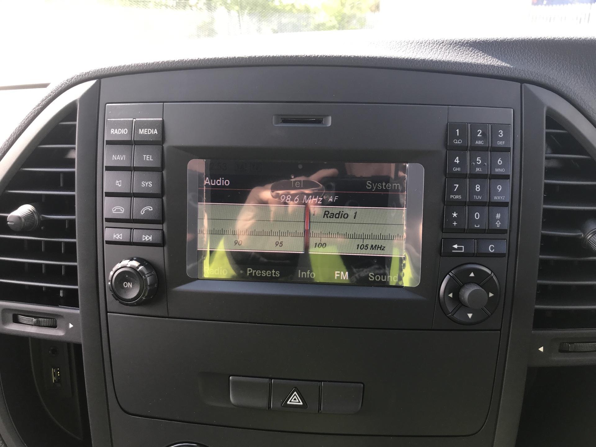 2019 Mercedes-Benz Vito LONG 111CDI VAN EURO 6  (YN19ZGD) Image 10