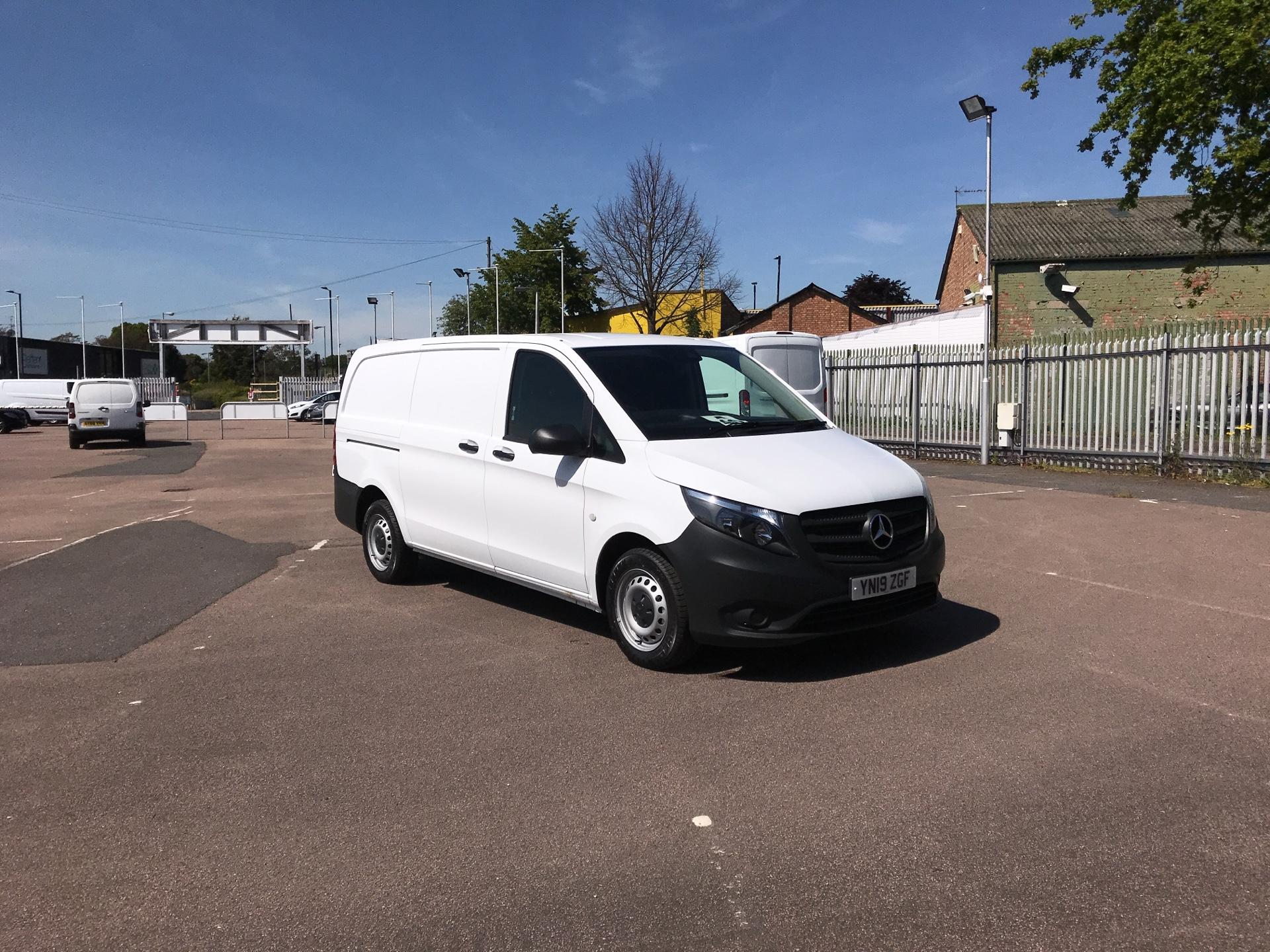 2019 Mercedes-Benz Vito  111CDI EURO 6 MASSIVE SPECIFICATION A/C  (YN19ZGF)