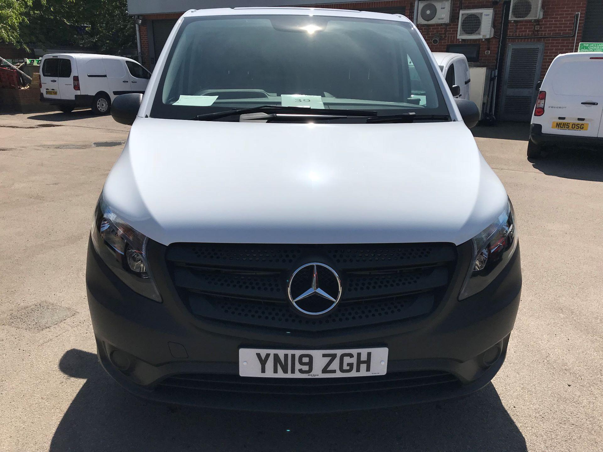 2019 Mercedes-Benz Vito 111CDI LWB 110PS EURO 6, AIR CON (YN19ZGH) Image 18