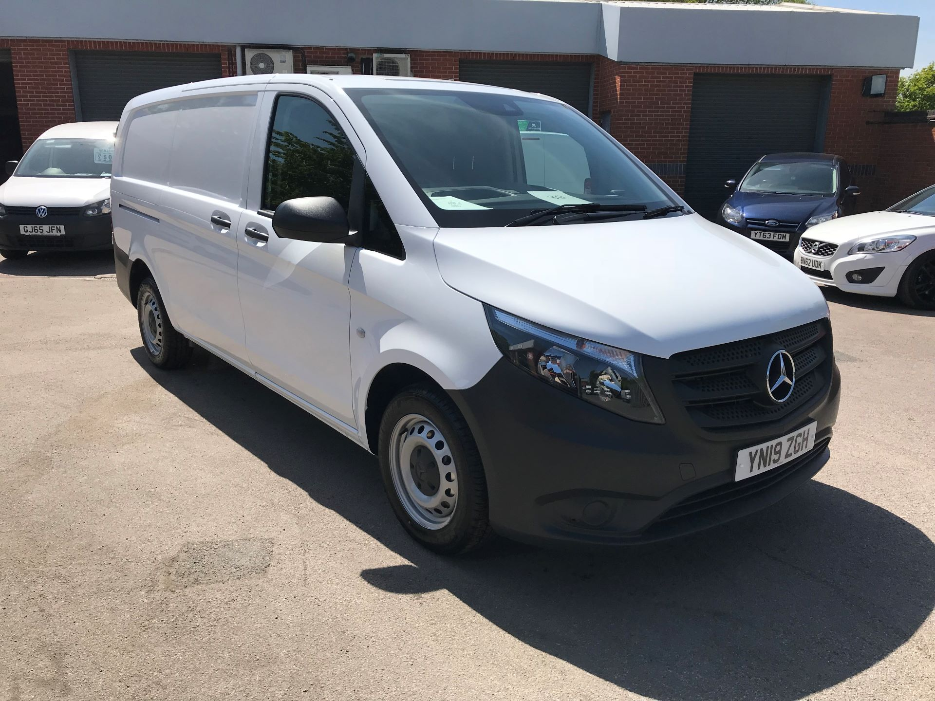 2019 Mercedes-Benz Vito 111Cdi Van Euro 6 Massive specification A/C (YN19ZGH)