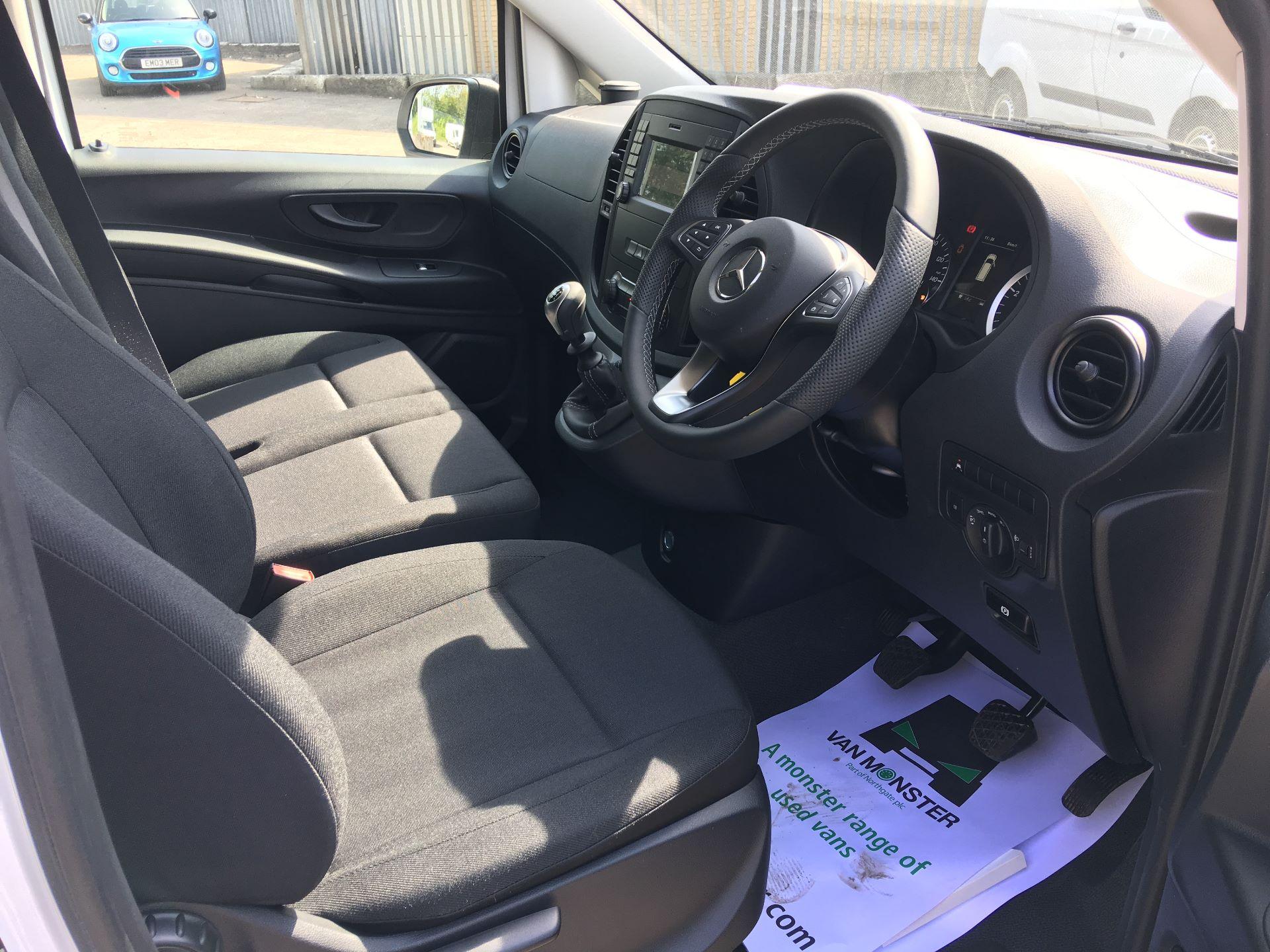 2019 Mercedes-Benz Vito LONG 111 CDI VAN EURO 5/6 (YN19ZGM) Image 2