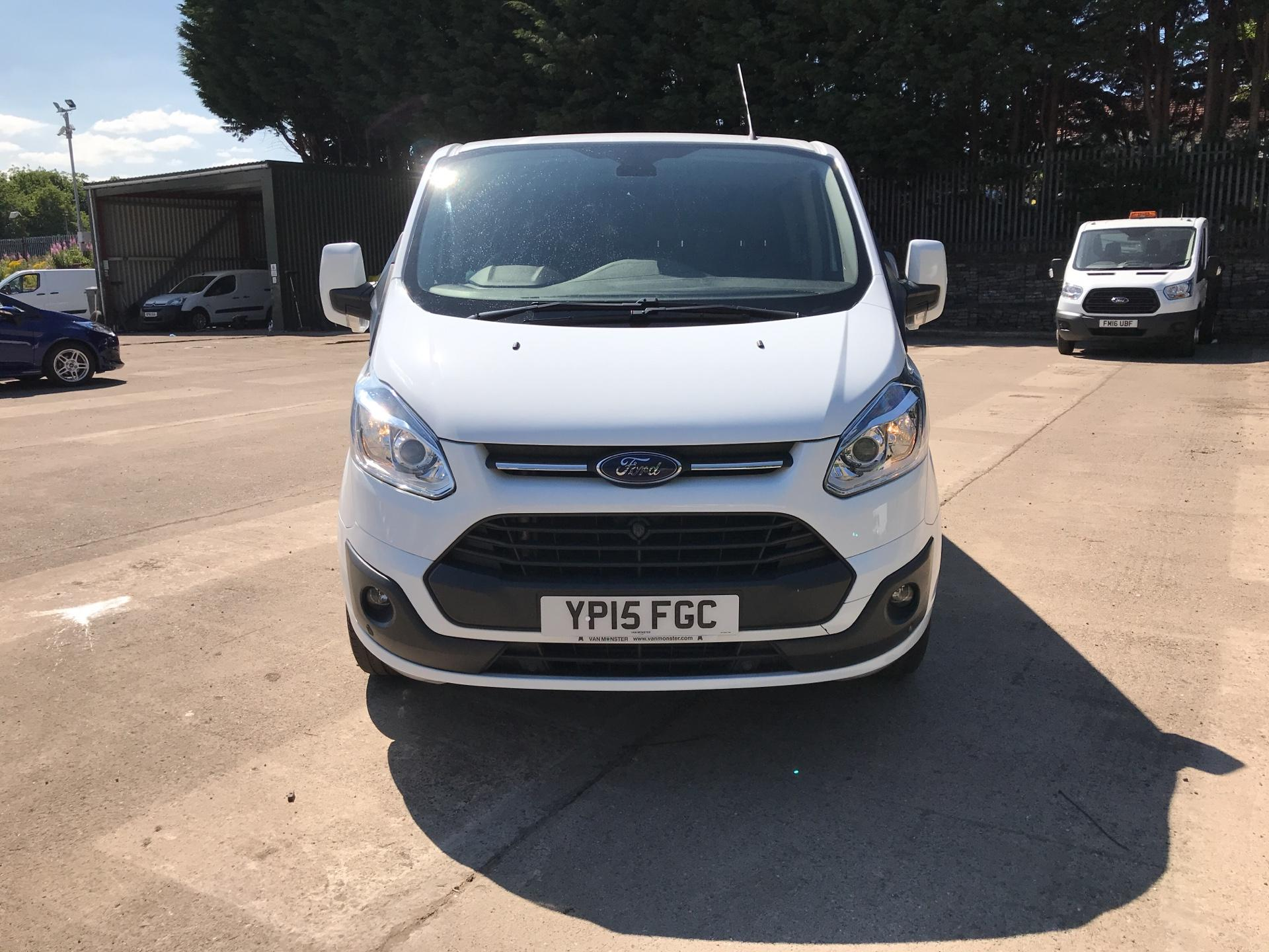 2015 Ford Transit Custom 2.2 Tdci 125Ps Low Roof D/Cab Limited Van (YP15FGC) Image 8