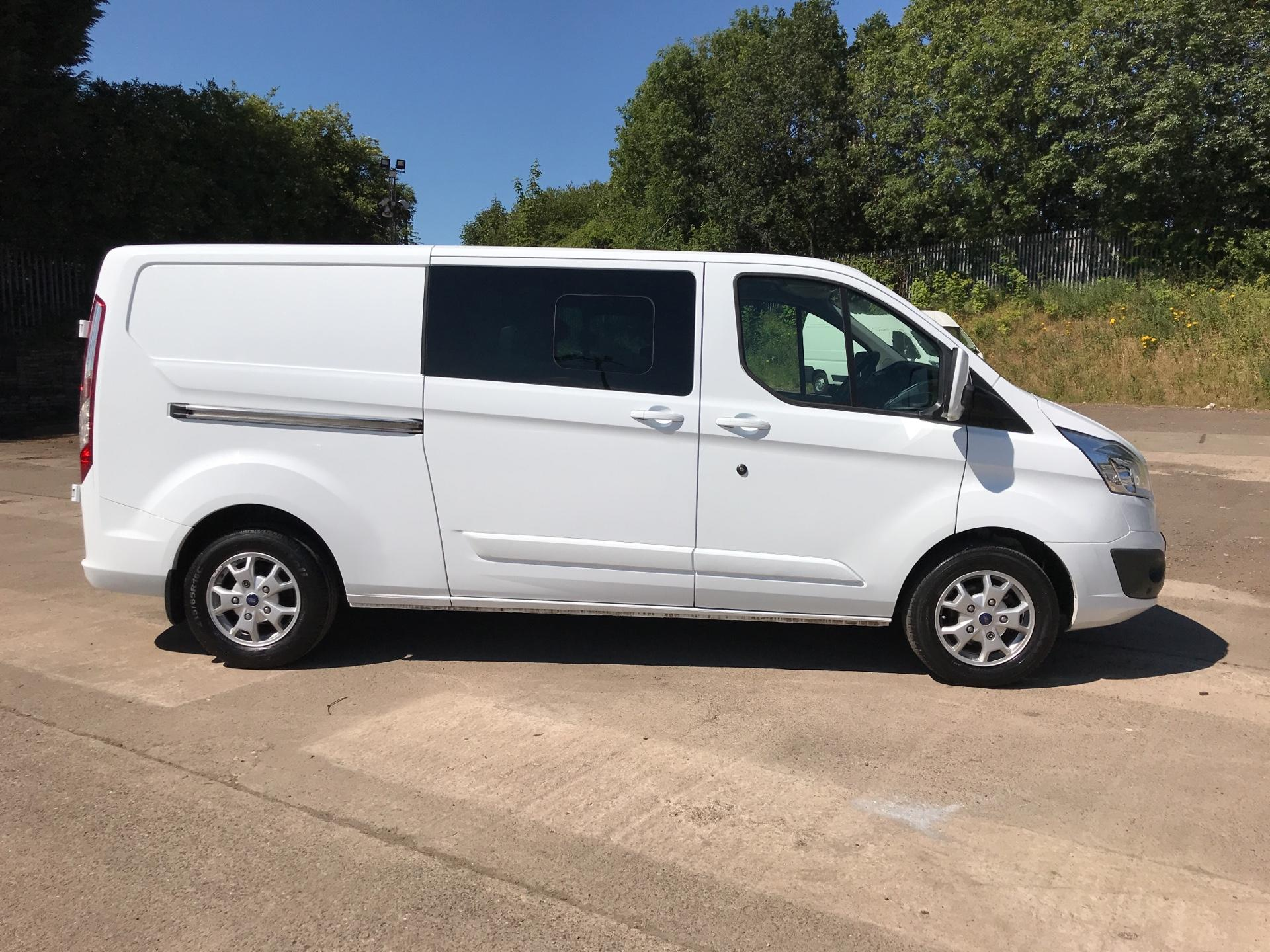 2015 Ford Transit Custom 2.2 Tdci 125Ps Low Roof D/Cab Limited Van (YP15FGC) Image 2