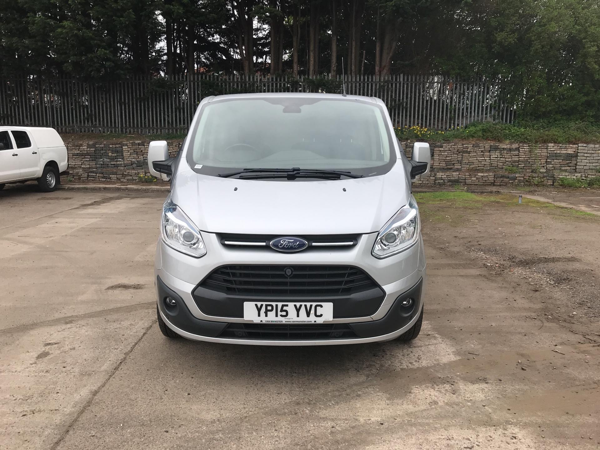 2015 Ford Transit Custom 290 L2 DIESEL FWD 2.2 TDCI 125PS LOW ROOF LIMITED VAN EURO 5 (YP15YVC) Image 8