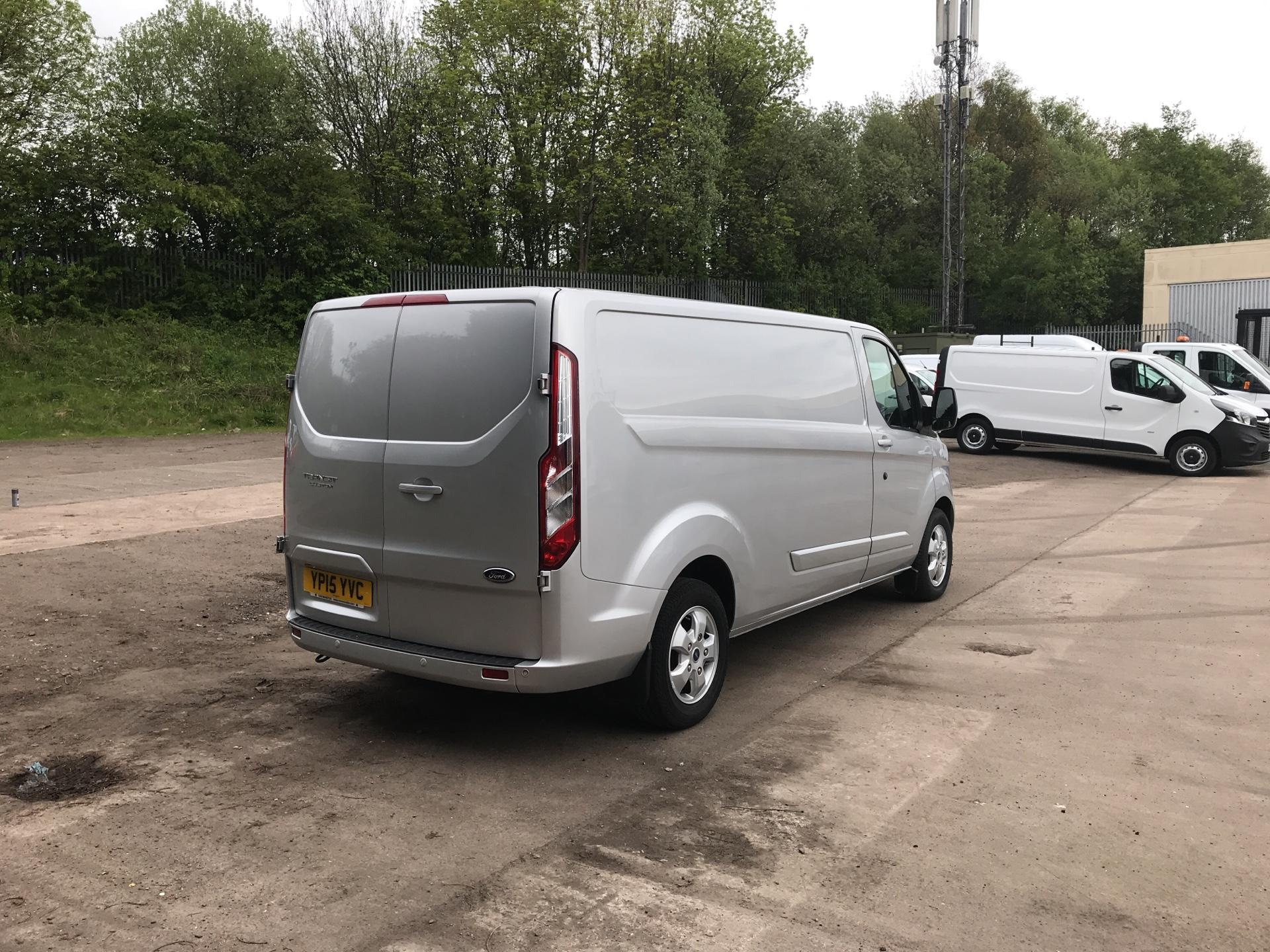 2015 Ford Transit Custom 290 L2 DIESEL FWD 2.2 TDCI 125PS LOW ROOF LIMITED VAN EURO 5 (YP15YVC) Image 3